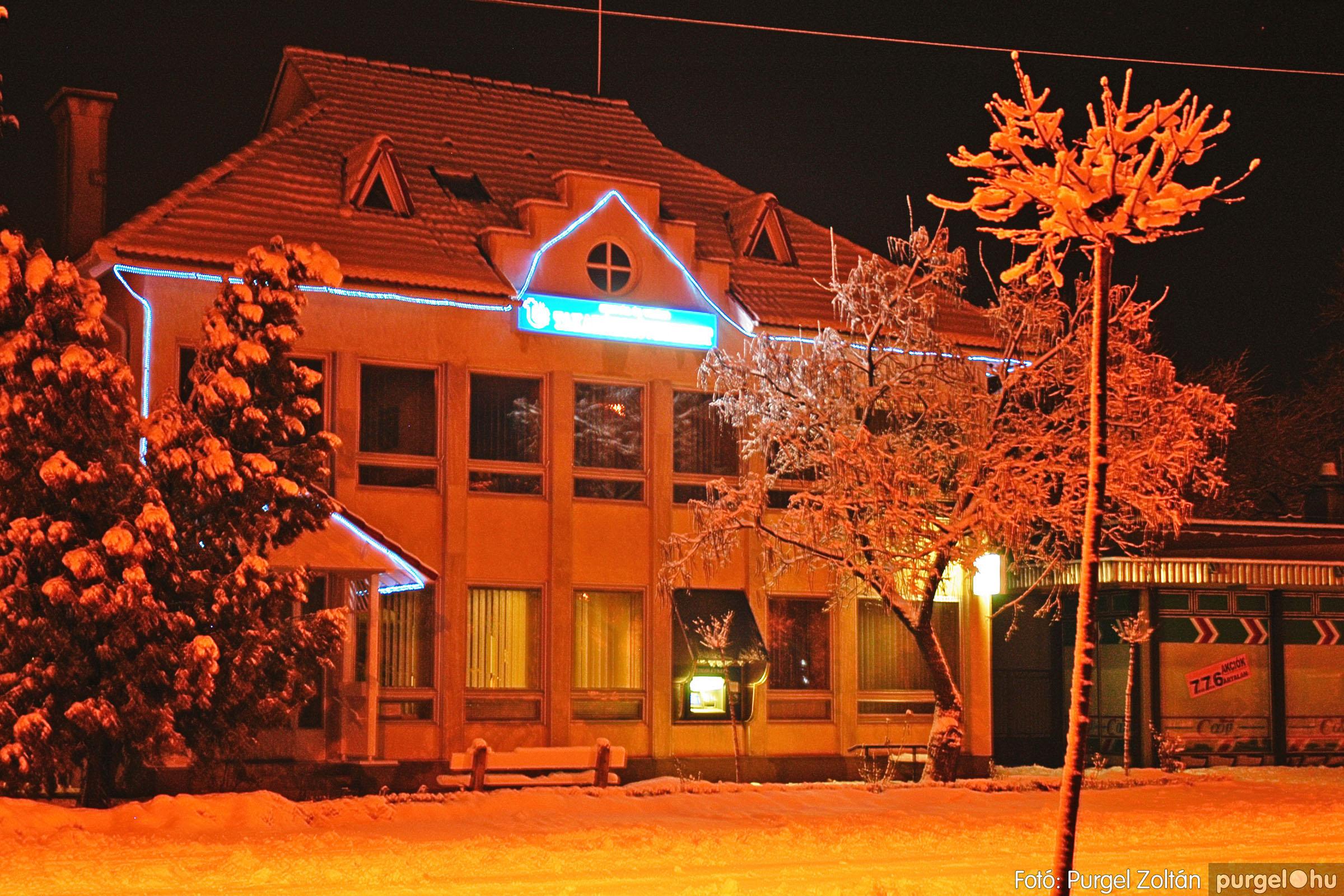 2005.02.16. 003 Hóesés utáni séta Szegváron - Fotó:PURGEL ZOLTÁN© DSC_0115q.jpg