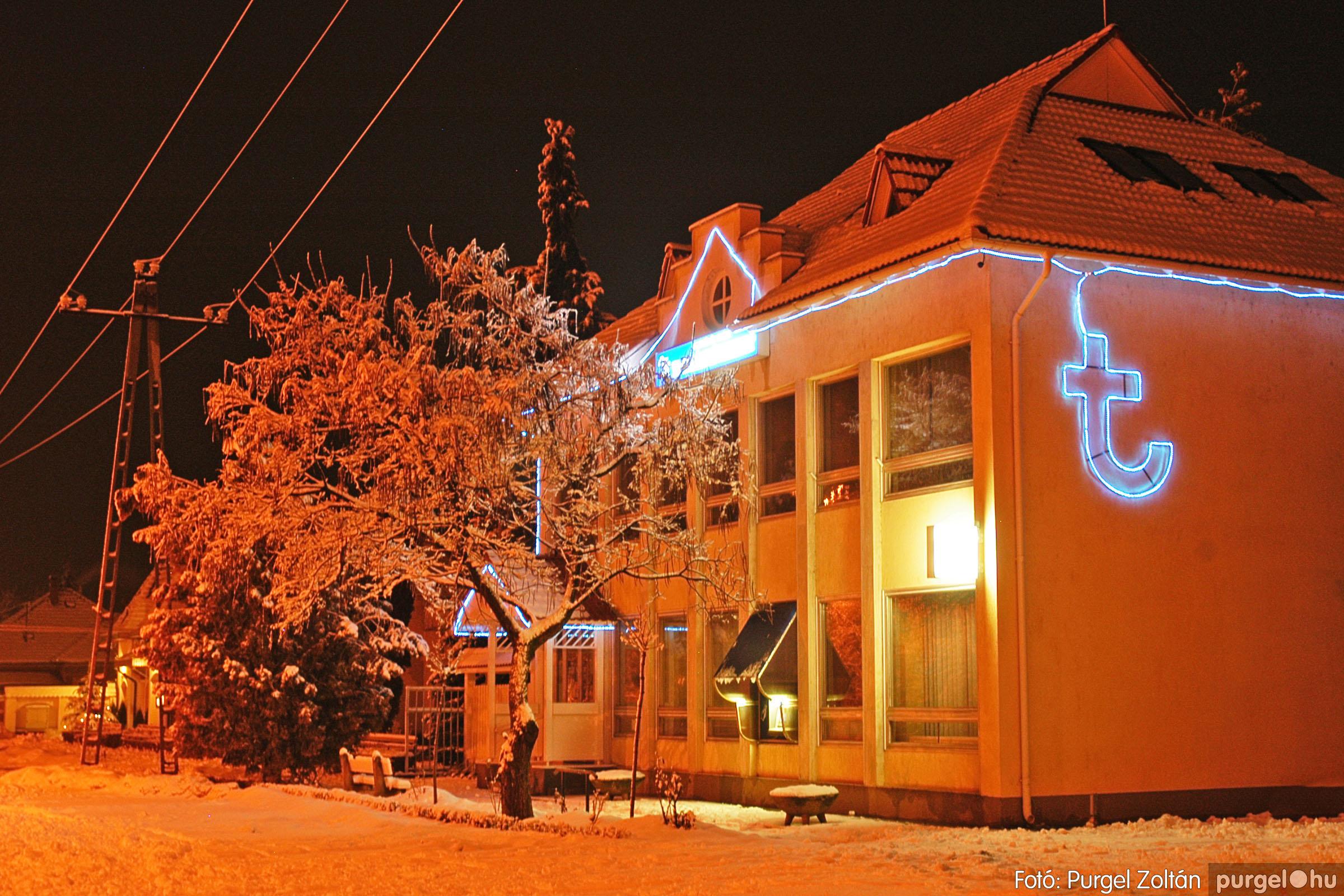 2005.02.16. 002 Hóesés utáni séta Szegváron - Fotó:PURGEL ZOLTÁN© DSC_0110q.jpg