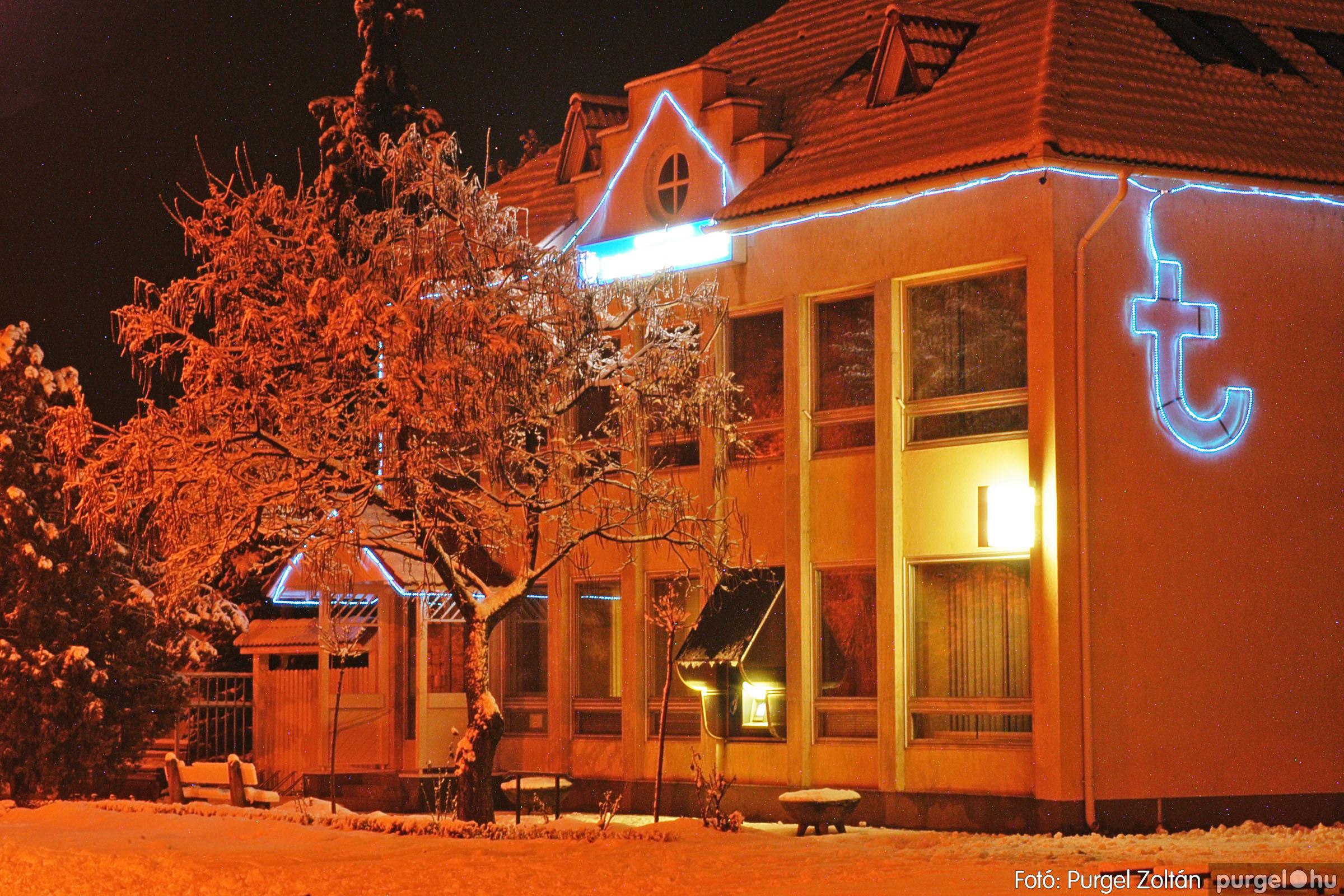 2005.02.16. 001 Hóesés utáni séta Szegváron - Fotó:PURGEL ZOLTÁN© DSC_0106q.jpg