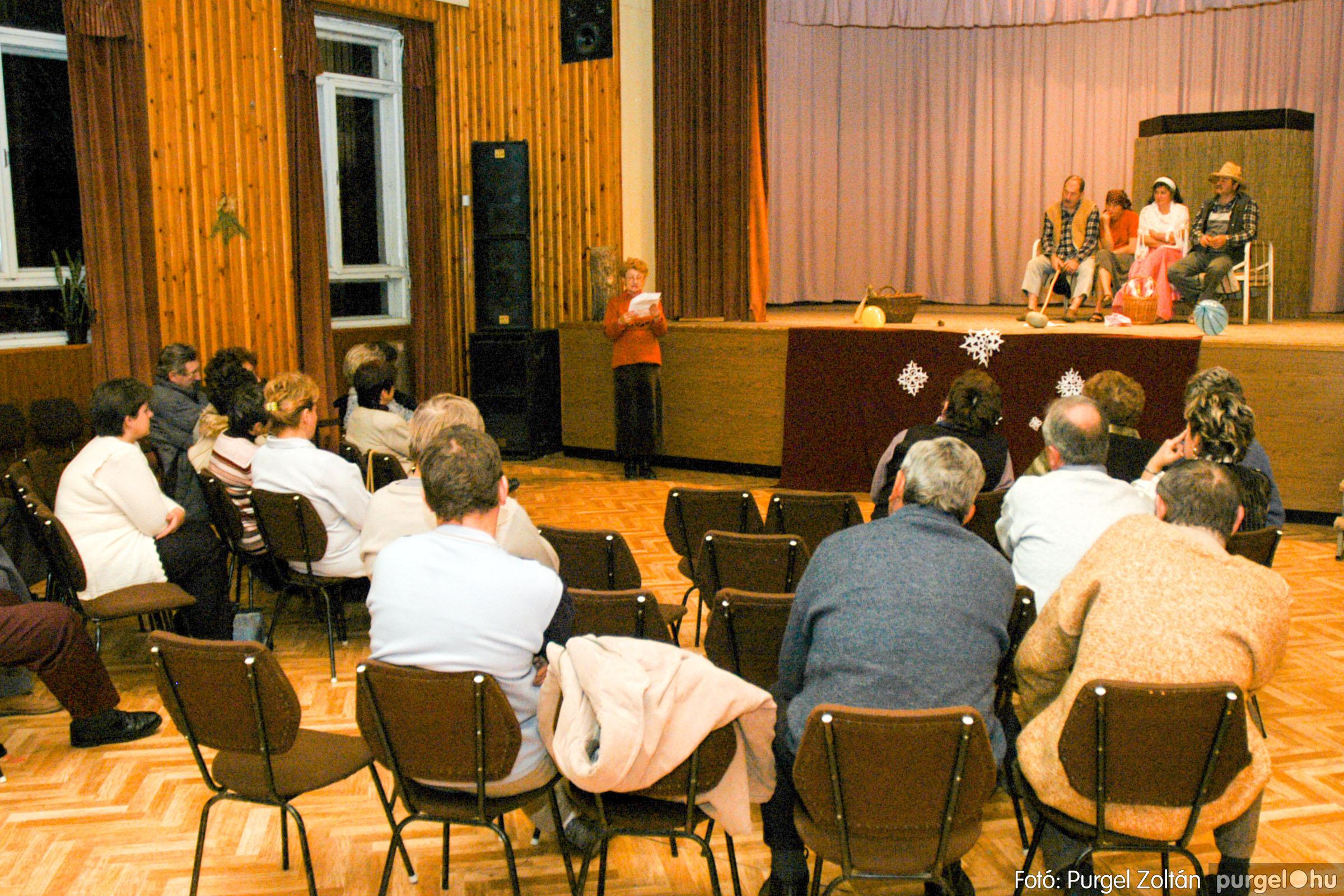 2004.12.15. 018 Szegváriak Szegvárért Közösségfejlesztők Egyesület évzárója - Fotó:PURGEL ZOLTÁN© DSC_0021q.jpg