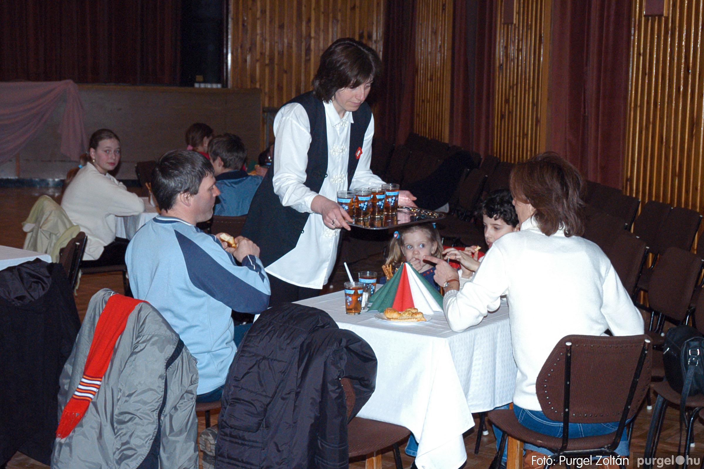 2005.03.14. 047 Március 15-i ünnepség - Fotó:PURGEL ZOLTÁN© DSC_0057q.jpg
