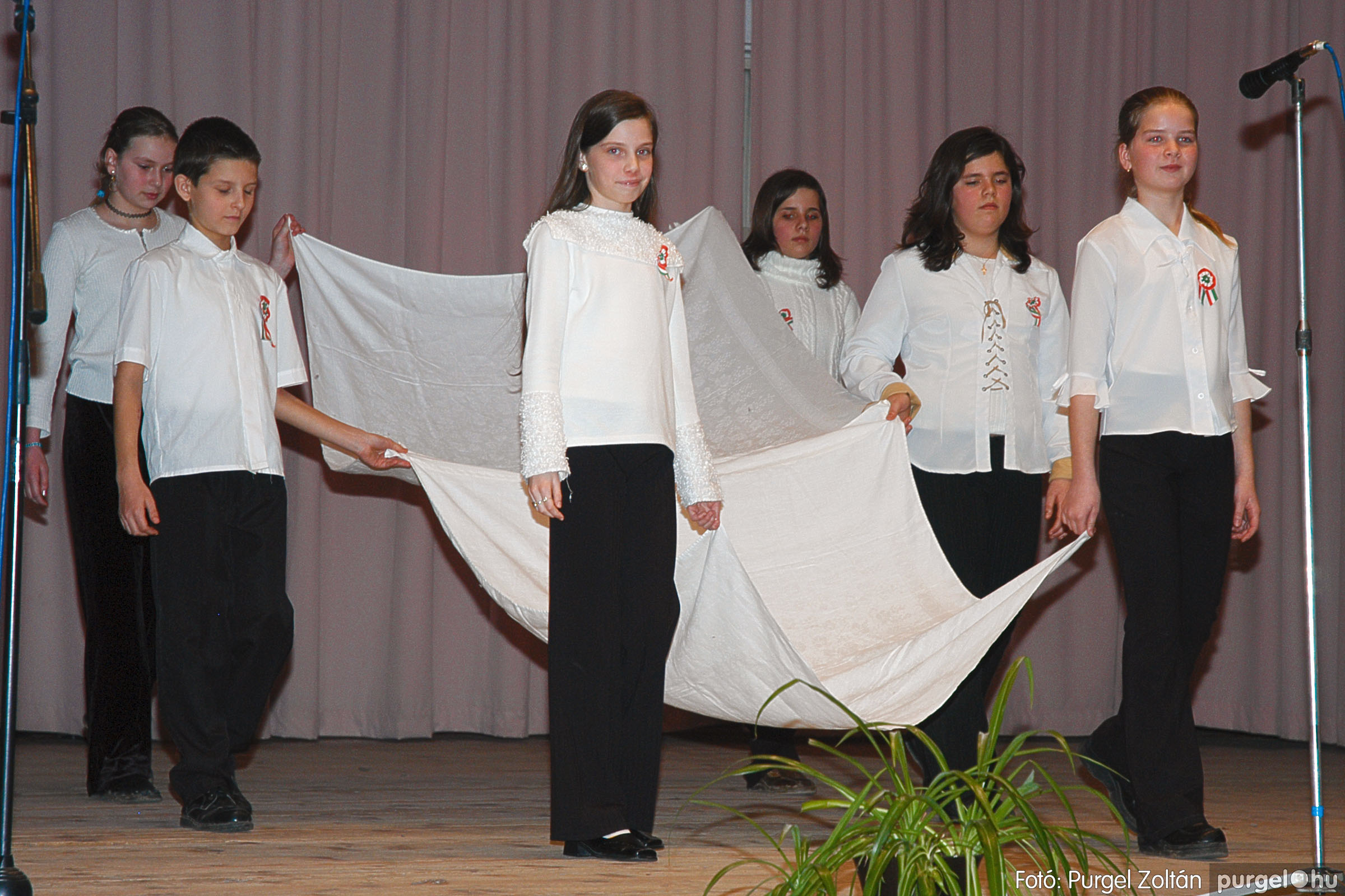 2005.03.14. 023 Március 15-i ünnepség - Fotó:PURGEL ZOLTÁN© DSC_0025q.jpg