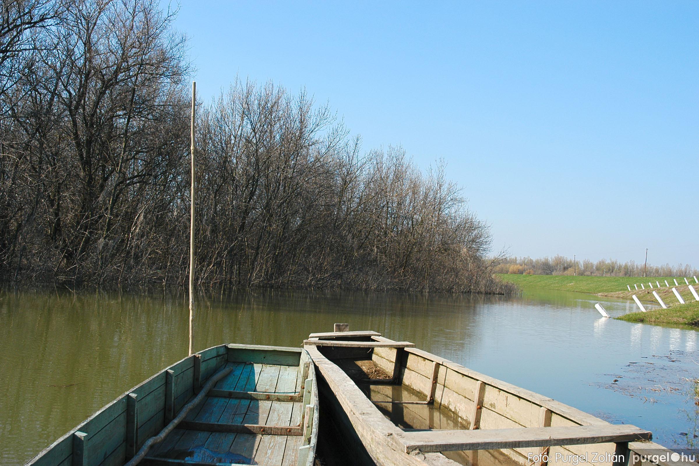 2005.04.02. 007 Tisza áradás - Fotó:PURGEL ZOLTÁN© DSC_0020q.jpg