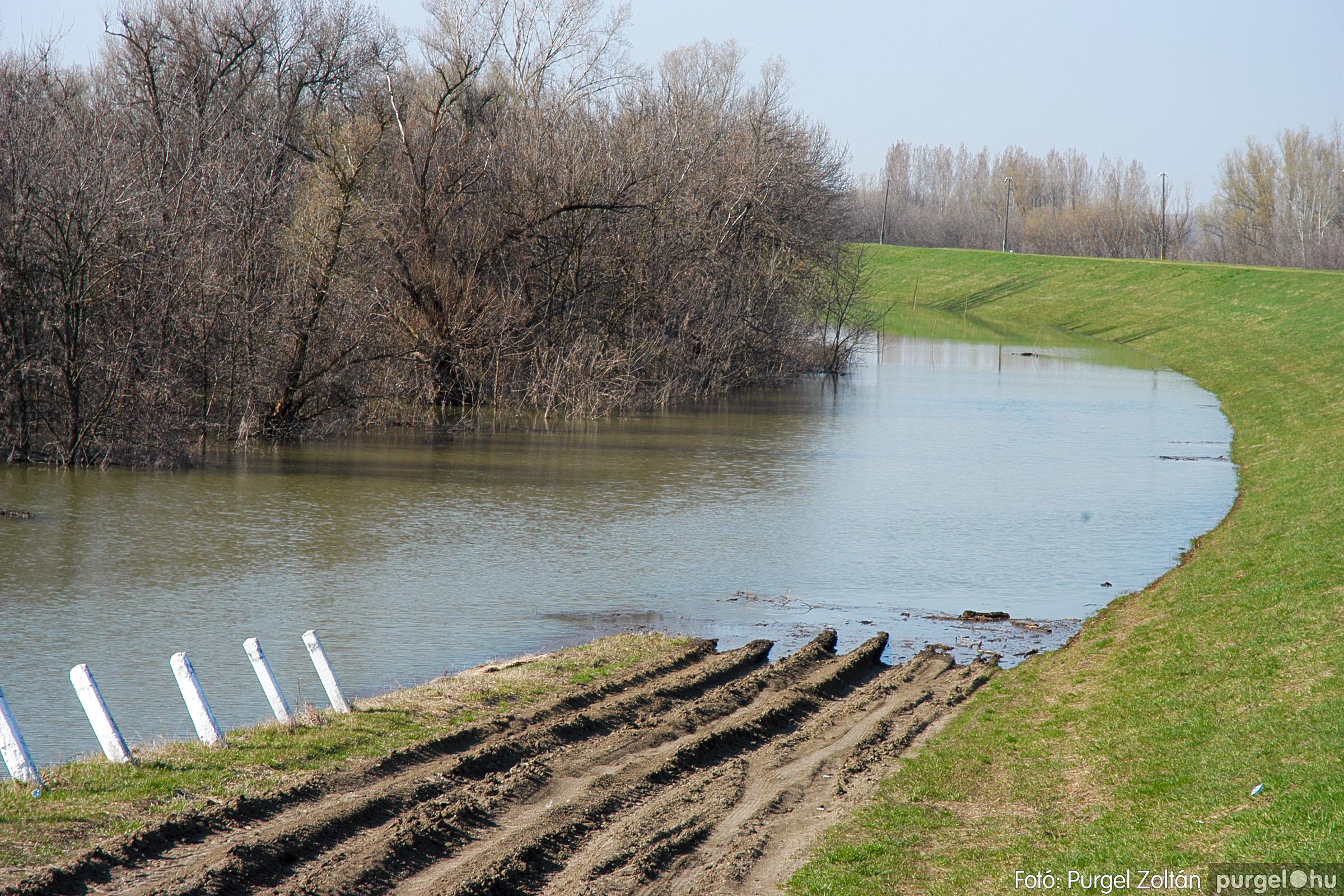 2005.04.02. 002 Tisza áradás - Fotó:PURGEL ZOLTÁN© DSC_0015q.jpg