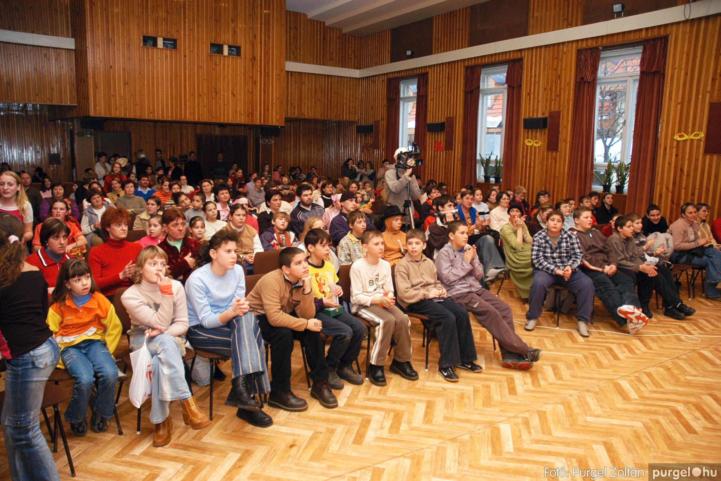 2005.02.11-12. 018 Forray Máté Általános Iskola farsang 2005.  - Fotó:PURGEL ZOLTÁN© DSC_0019q.jpg
