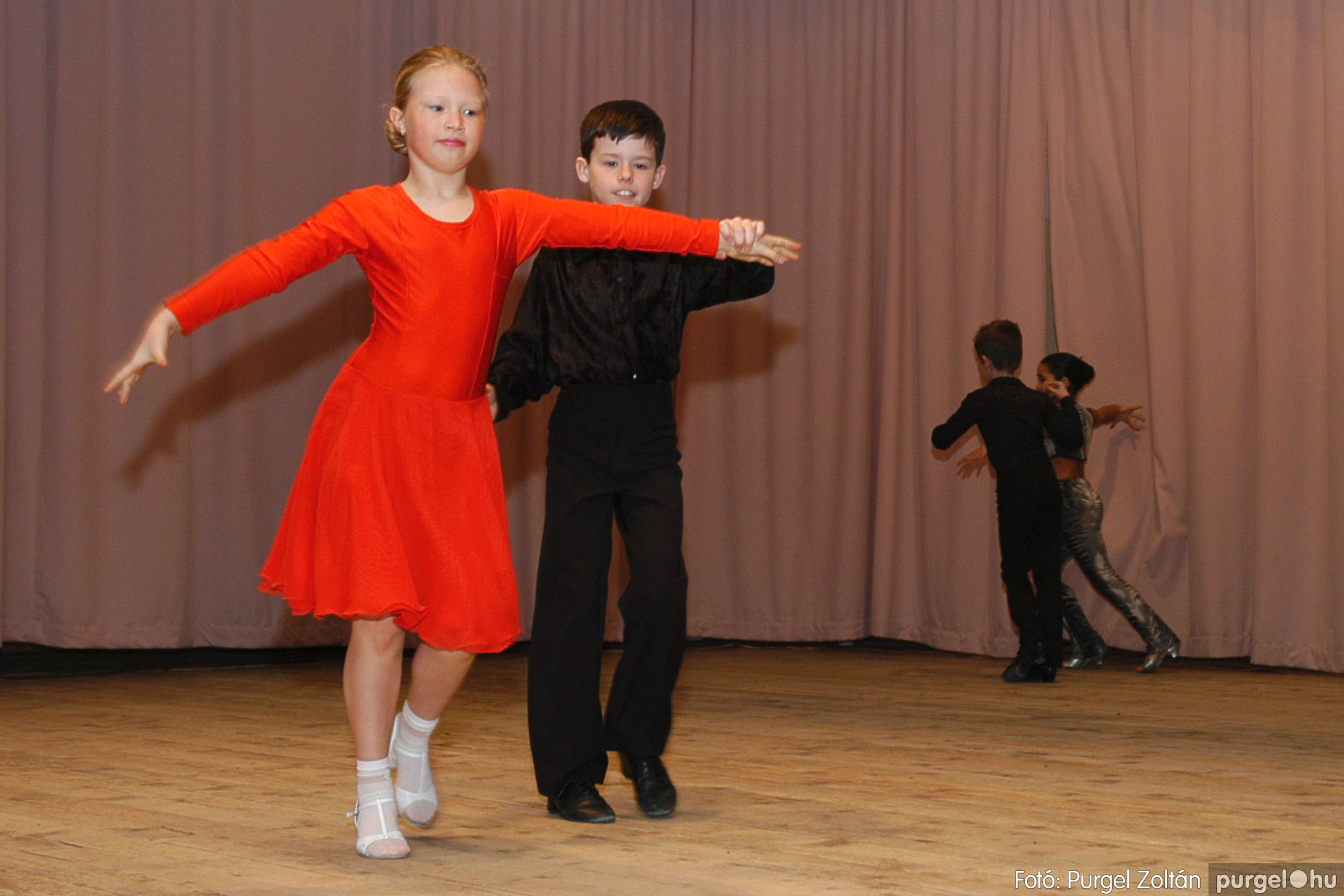 2005.02.11-12. 001 Forray Máté Általános Iskola farsang 2005.  - Fotó:PURGEL ZOLTÁN© DSC_0001q.jpg