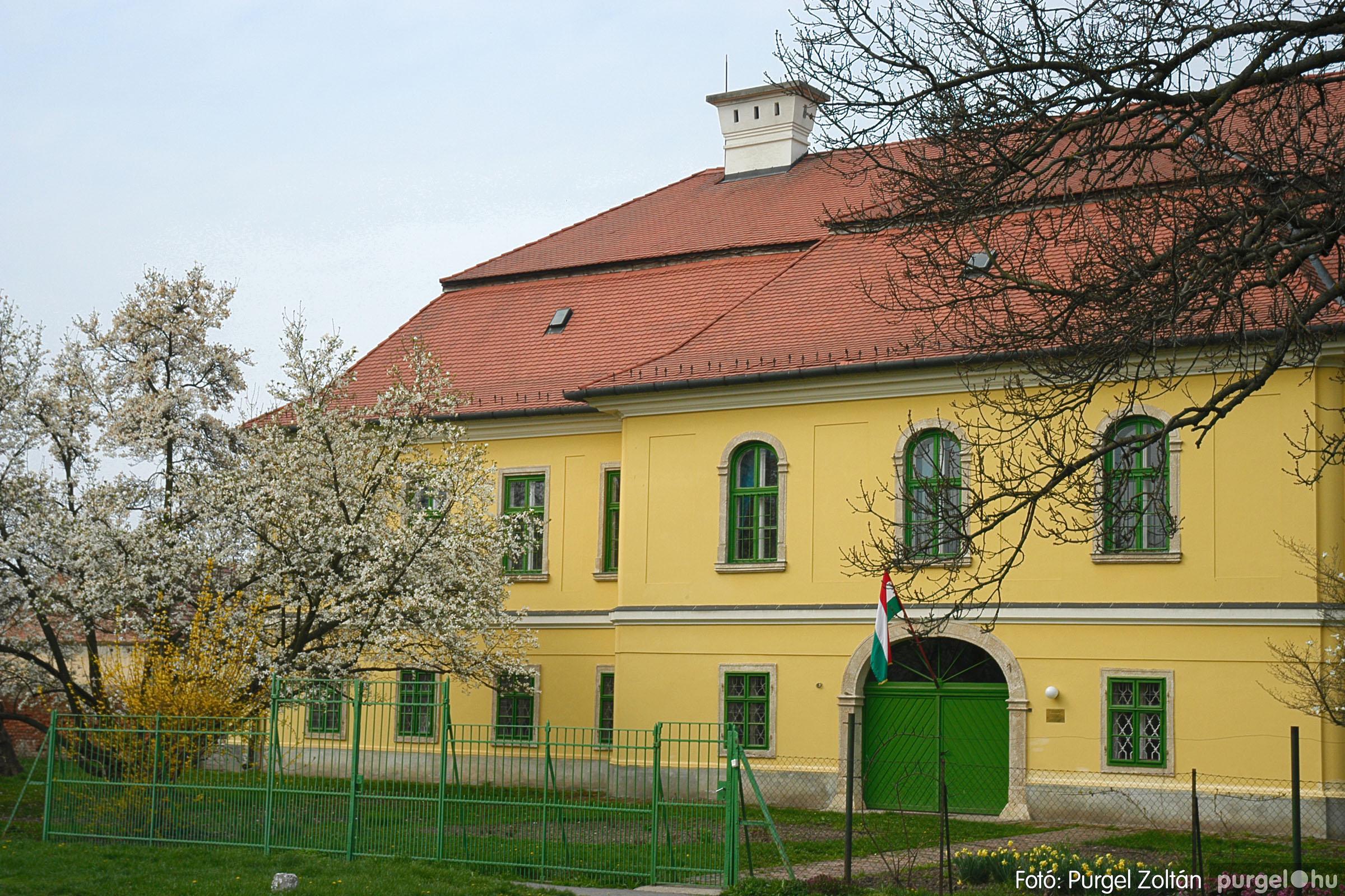 2005.04.13. 010 Szegvári épületek - Fotó:PURGEL ZOLTÁN© DSC_0014q.jpg