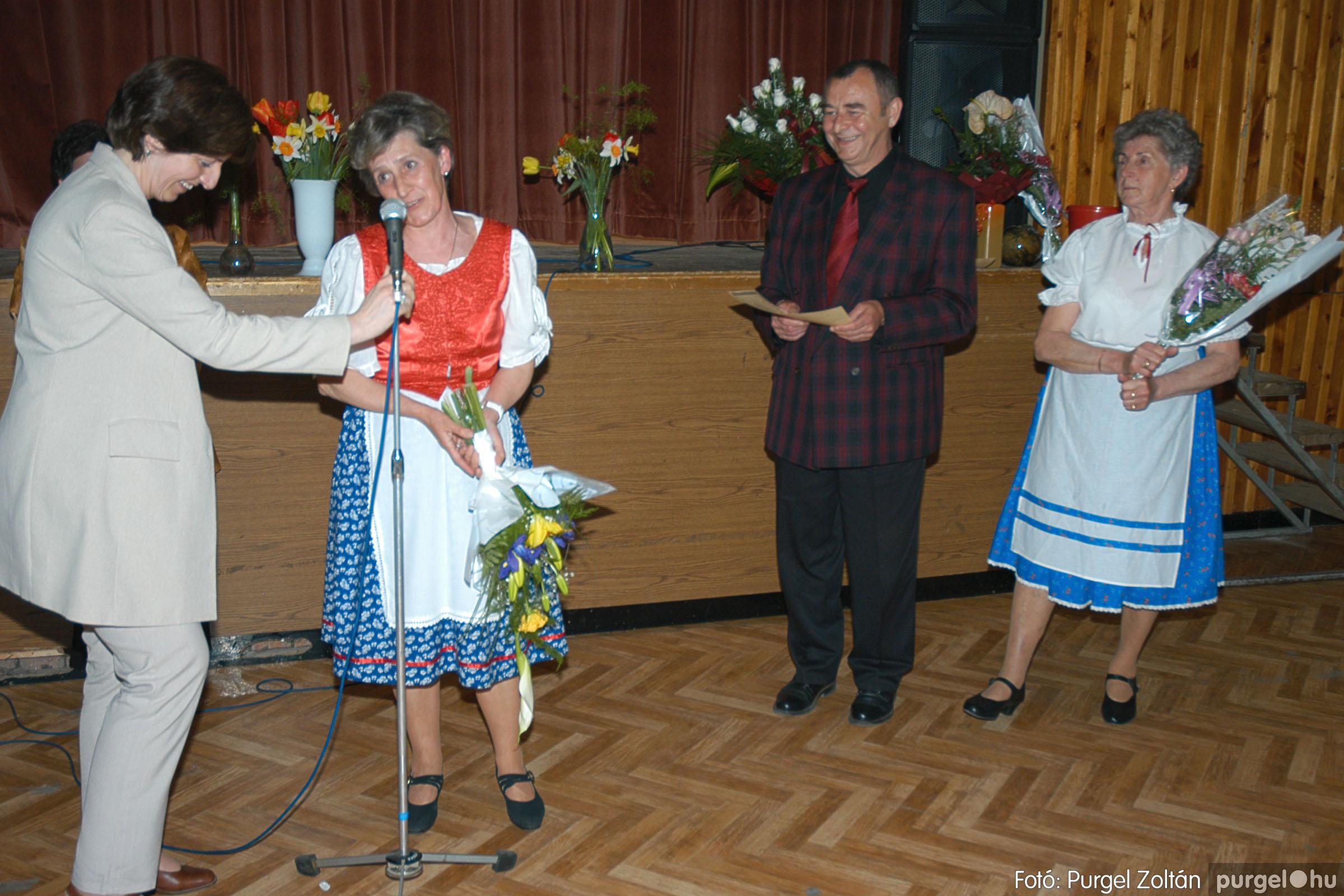 2005.04.16. 042 Szép Öregkor Nyugdíjas Klub tavaszi bál - Fotó:PURGEL ZOLTÁN© DSC_0062q.jpg