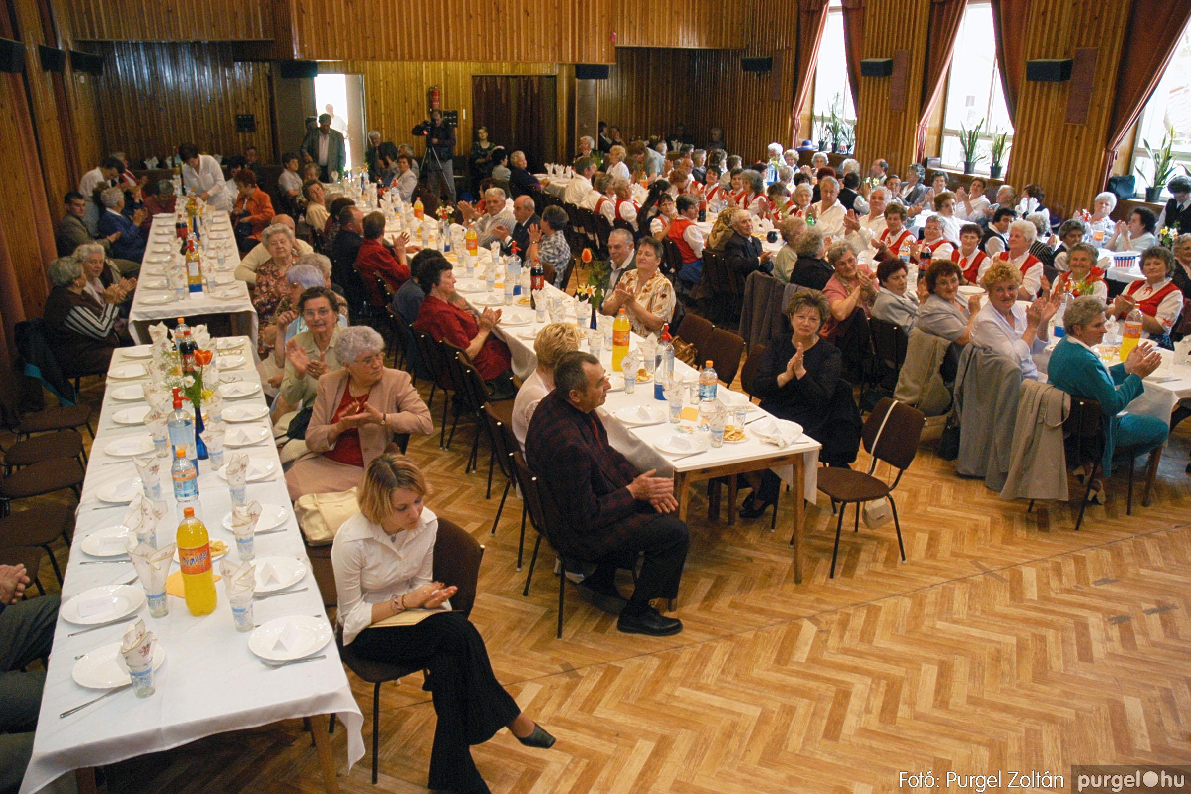 2005.04.16. 006 Szép Öregkor Nyugdíjas Klub tavaszi bál - Fotó:PURGEL ZOLTÁN© DSC_0019q.jpg