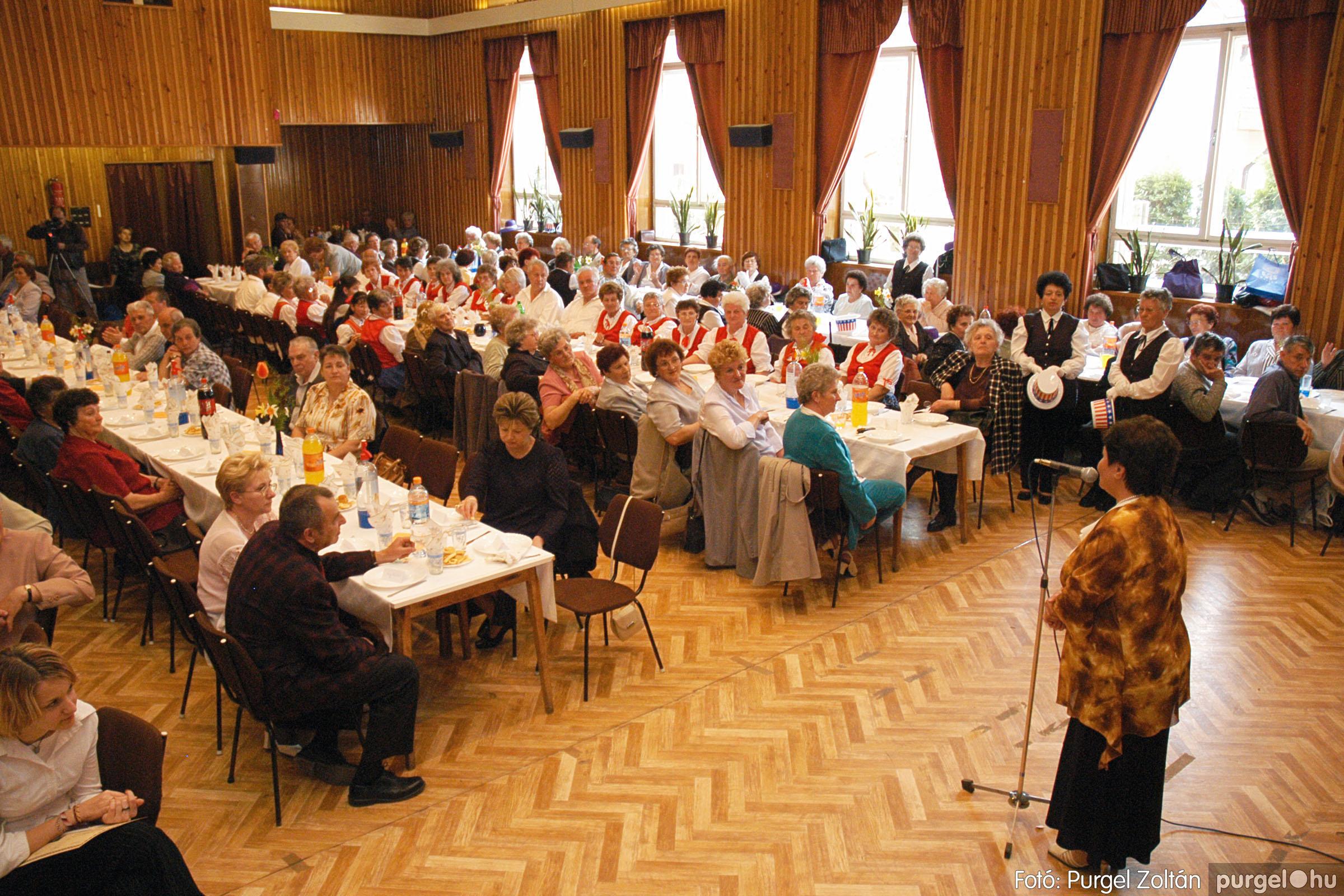 2005.04.16. 005 Szép Öregkor Nyugdíjas Klub tavaszi bál - Fotó:PURGEL ZOLTÁN© DSC_0018q.jpg