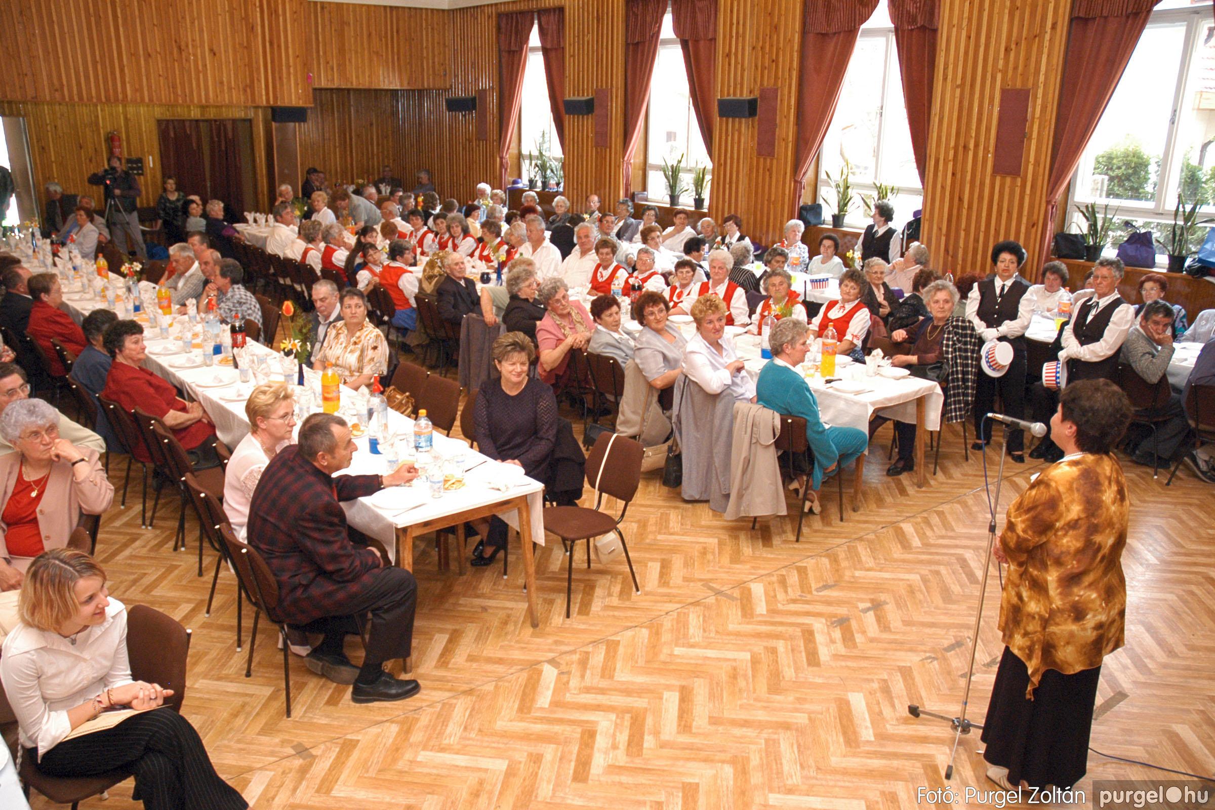2005.04.16. 004 Szép Öregkor Nyugdíjas Klub tavaszi bál - Fotó:PURGEL ZOLTÁN© DSC_0017q.jpg