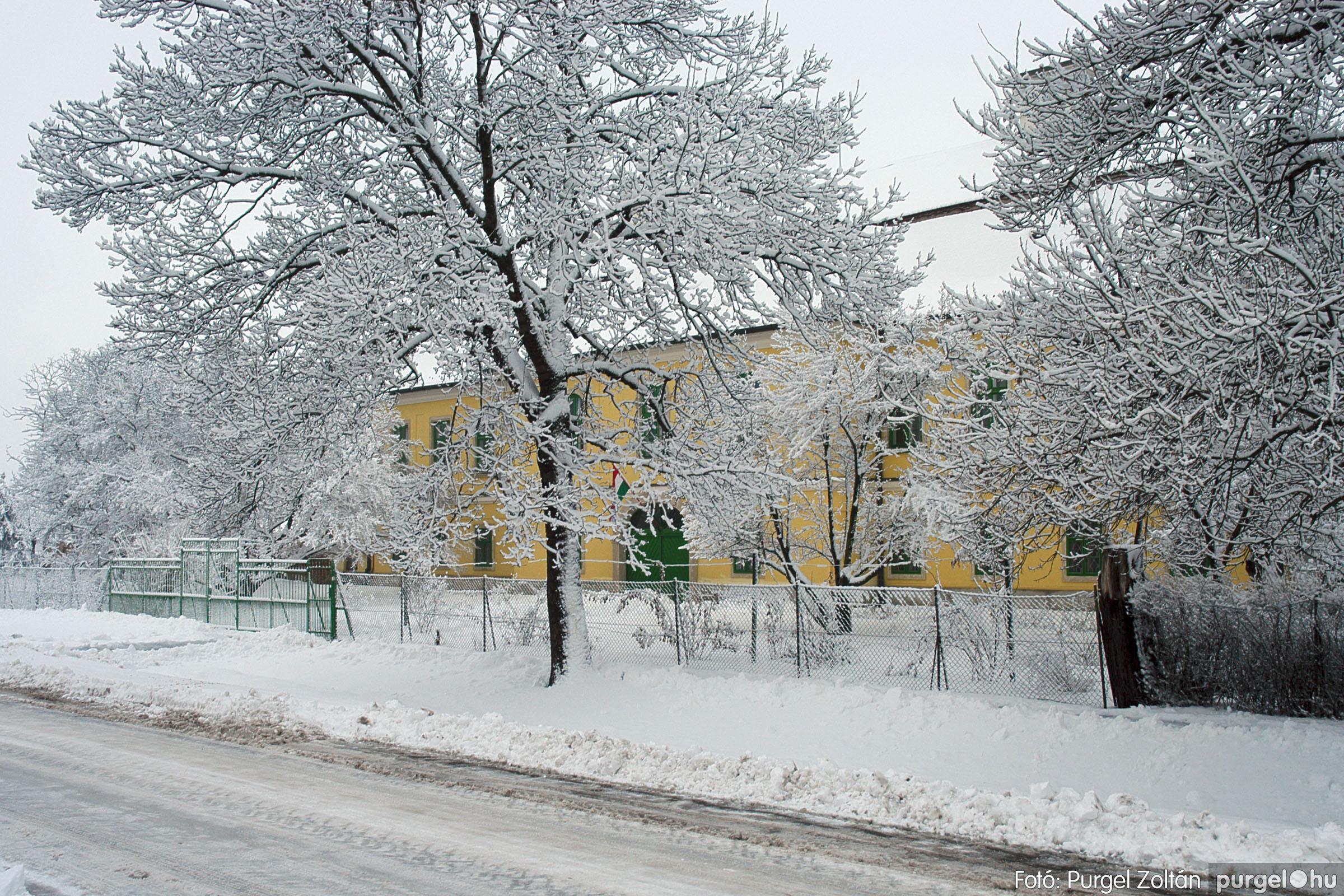 2005.02.16. 027 Hóesés utáni séta Szegváron - Fotó:PURGEL ZOLTÁN© DSC_0153q.jpg