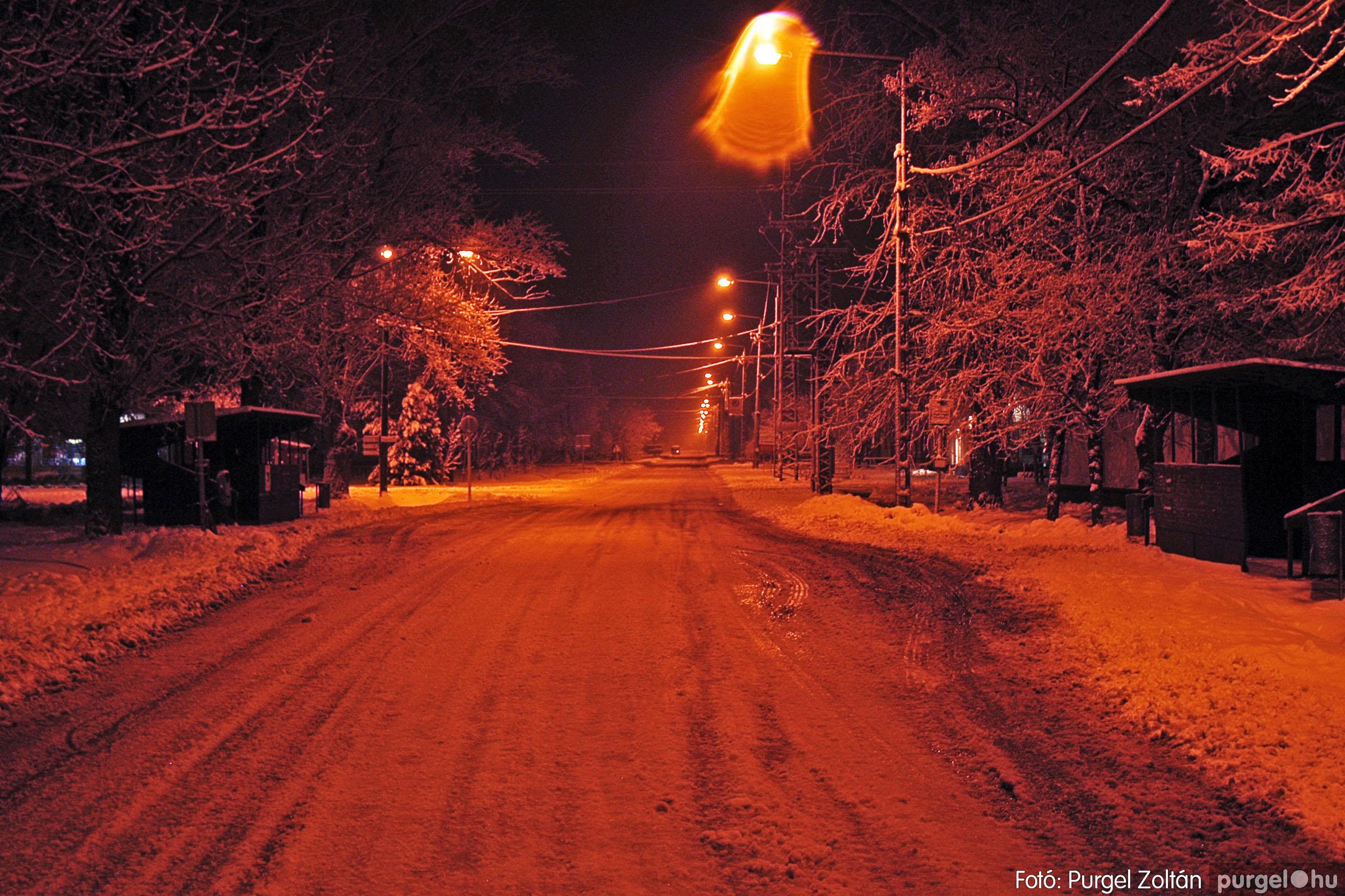2005.02.16. 019 Hóesés utáni séta Szegváron - Fotó:PURGEL ZOLTÁN© DSC_0142q.jpg