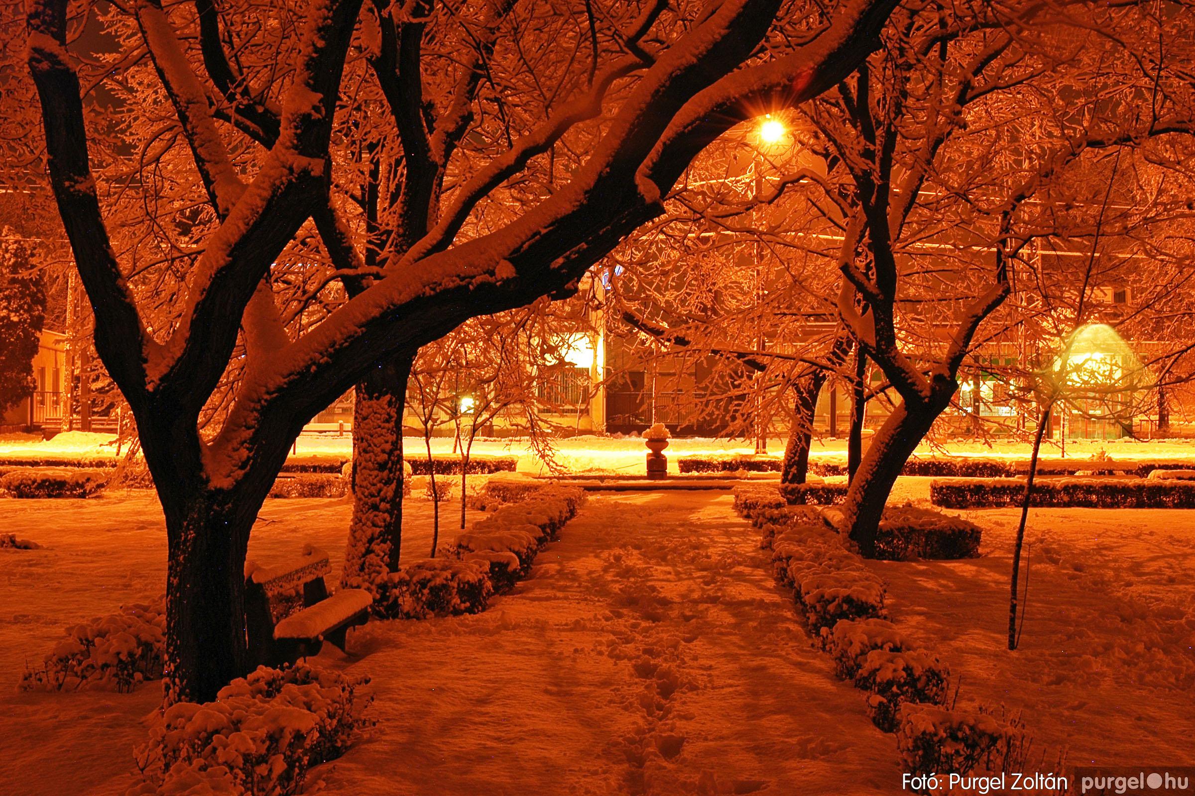 2005.02.16. 018 Hóesés utáni séta Szegváron - Fotó:PURGEL ZOLTÁN© DSC_0141q.jpg