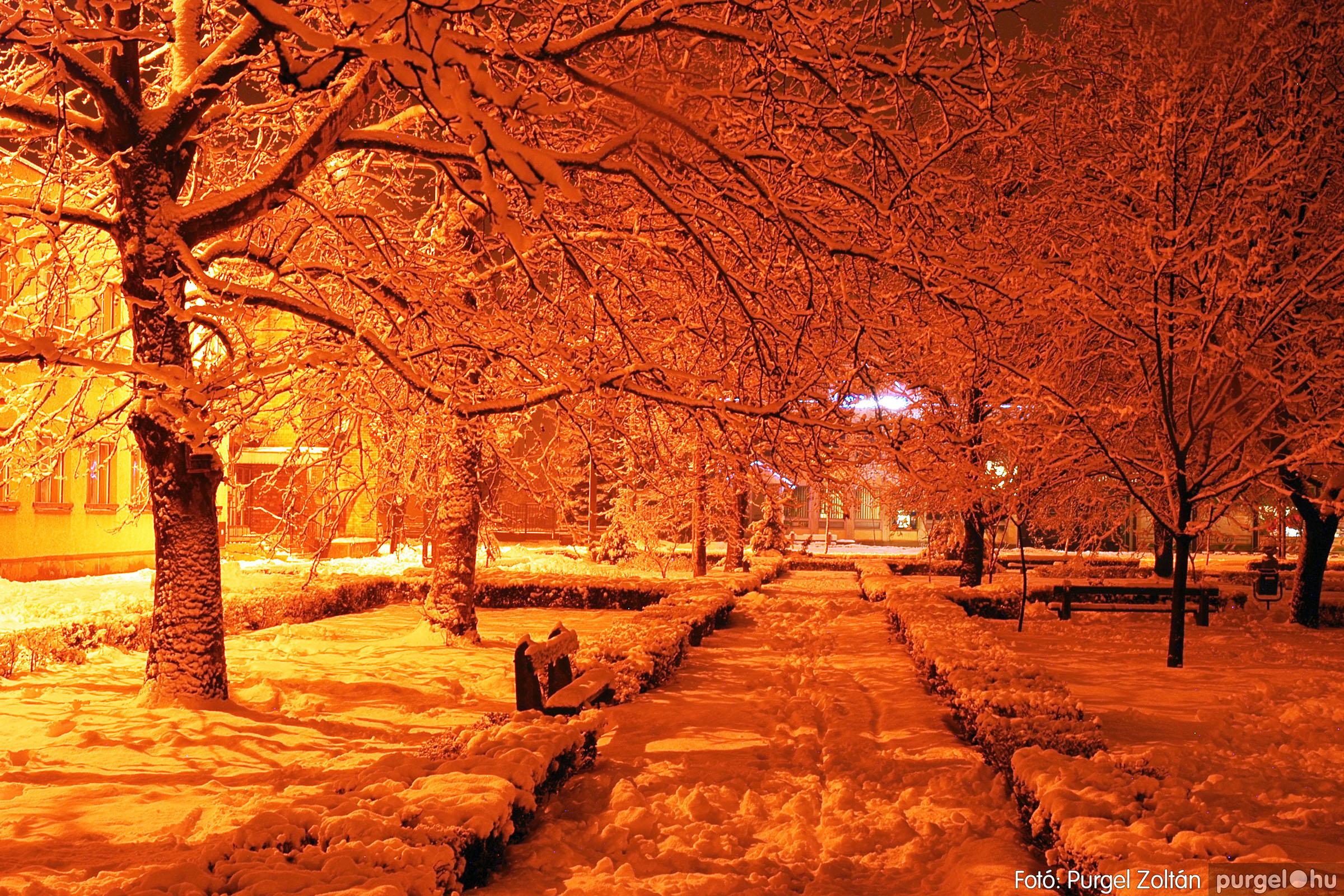 2005.02.16. 017 Hóesés utáni séta Szegváron - Fotó:PURGEL ZOLTÁN© DSC_0139q.jpg