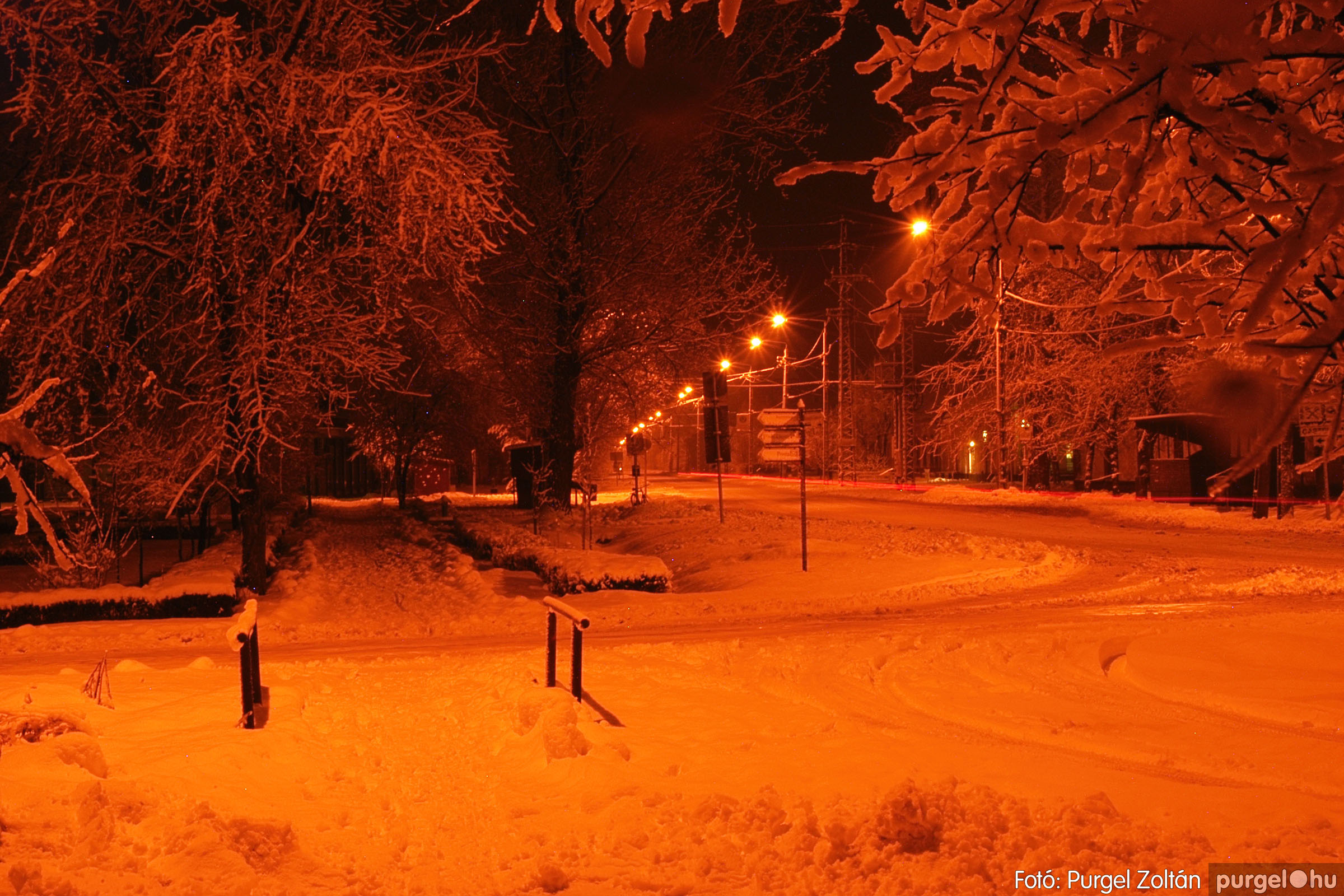 2005.02.16. 015 Hóesés utáni séta Szegváron - Fotó:PURGEL ZOLTÁN© DSC_0137q.jpg