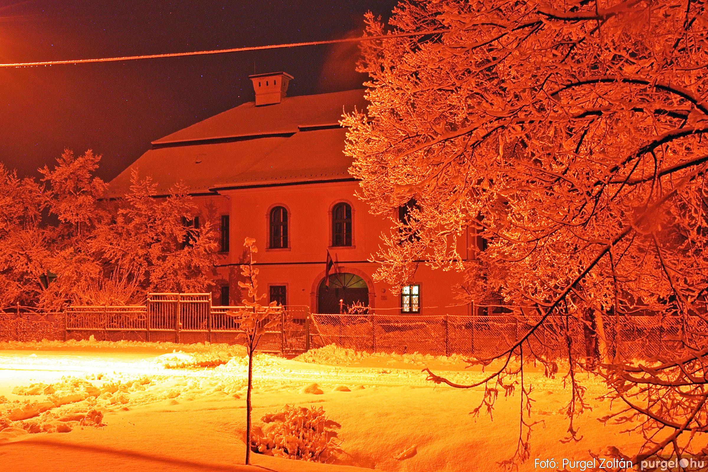 2005.02.16. 012 Hóesés utáni séta Szegváron - Fotó:PURGEL ZOLTÁN© DSC_0132q.jpg