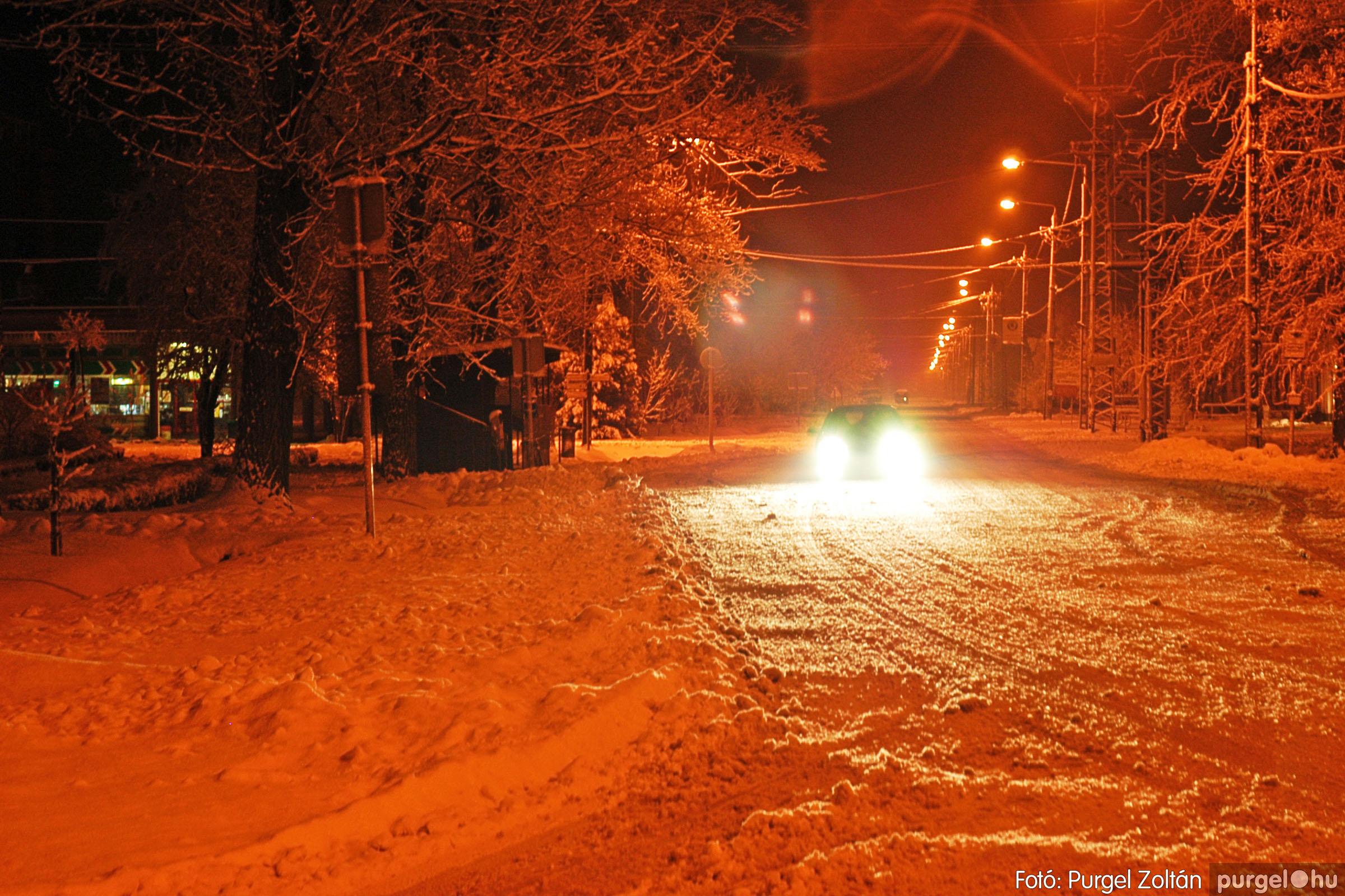 2005.02.16. 007 Hóesés utáni séta Szegváron - Fotó:PURGEL ZOLTÁN© DSC_0124q.jpg