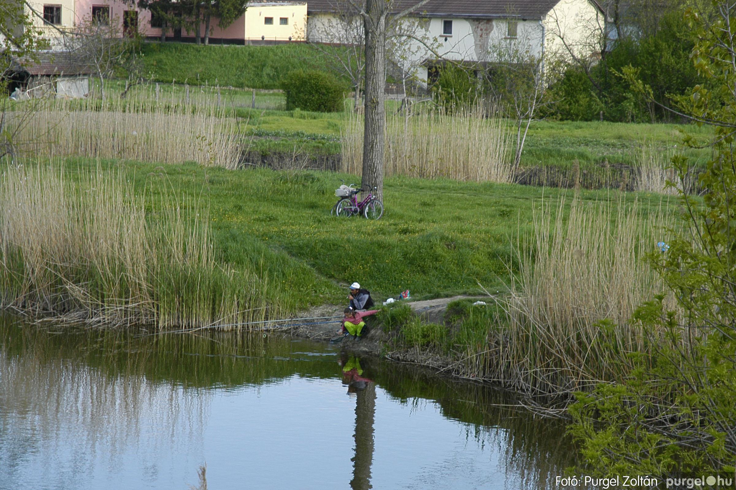2005.04.28. 049 Tavaszi körkép: szélmalom, kastély, piactér, Kórógy-tó - Fotó:PURGEL ZOLTÁN© DSC_0099q.jpg