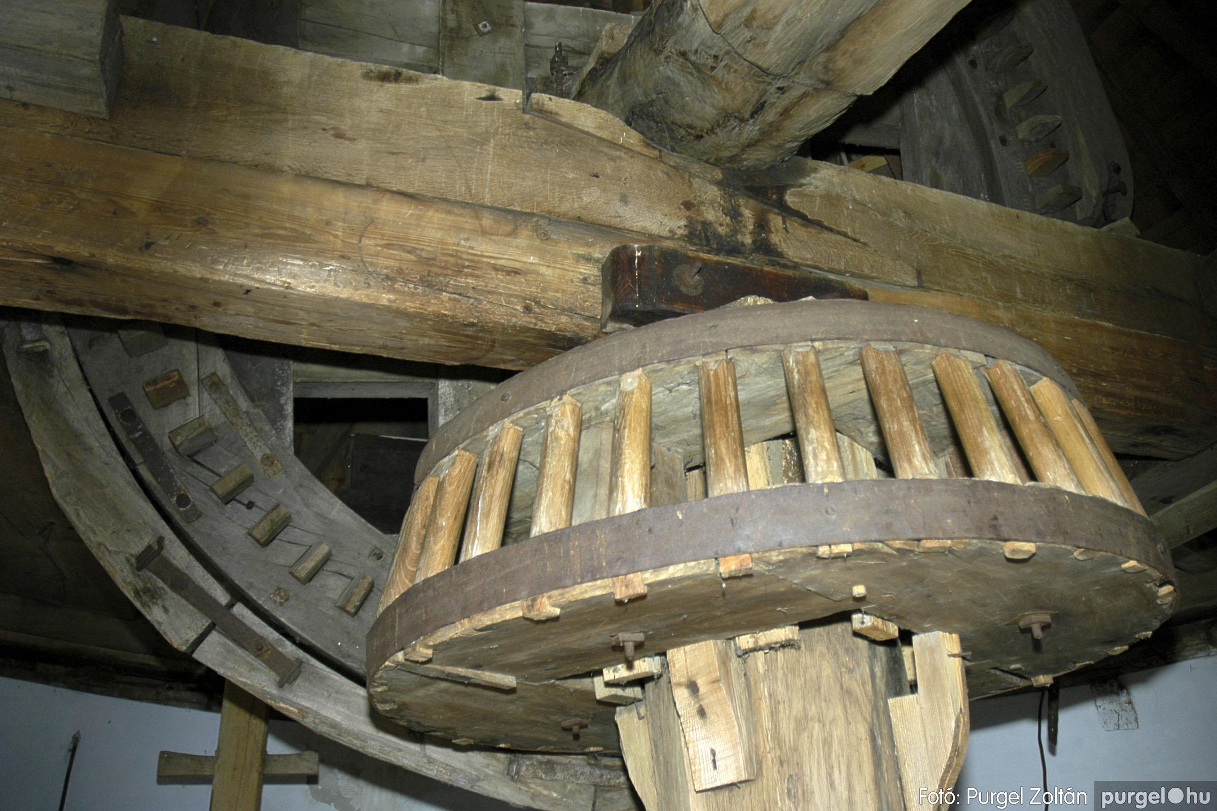 2005.04.28. 011 Tavaszi körkép: szélmalom, kastély, piactér, Kórógy-tó - Fotó:PURGEL ZOLTÁN© DSC_0046q.jpg