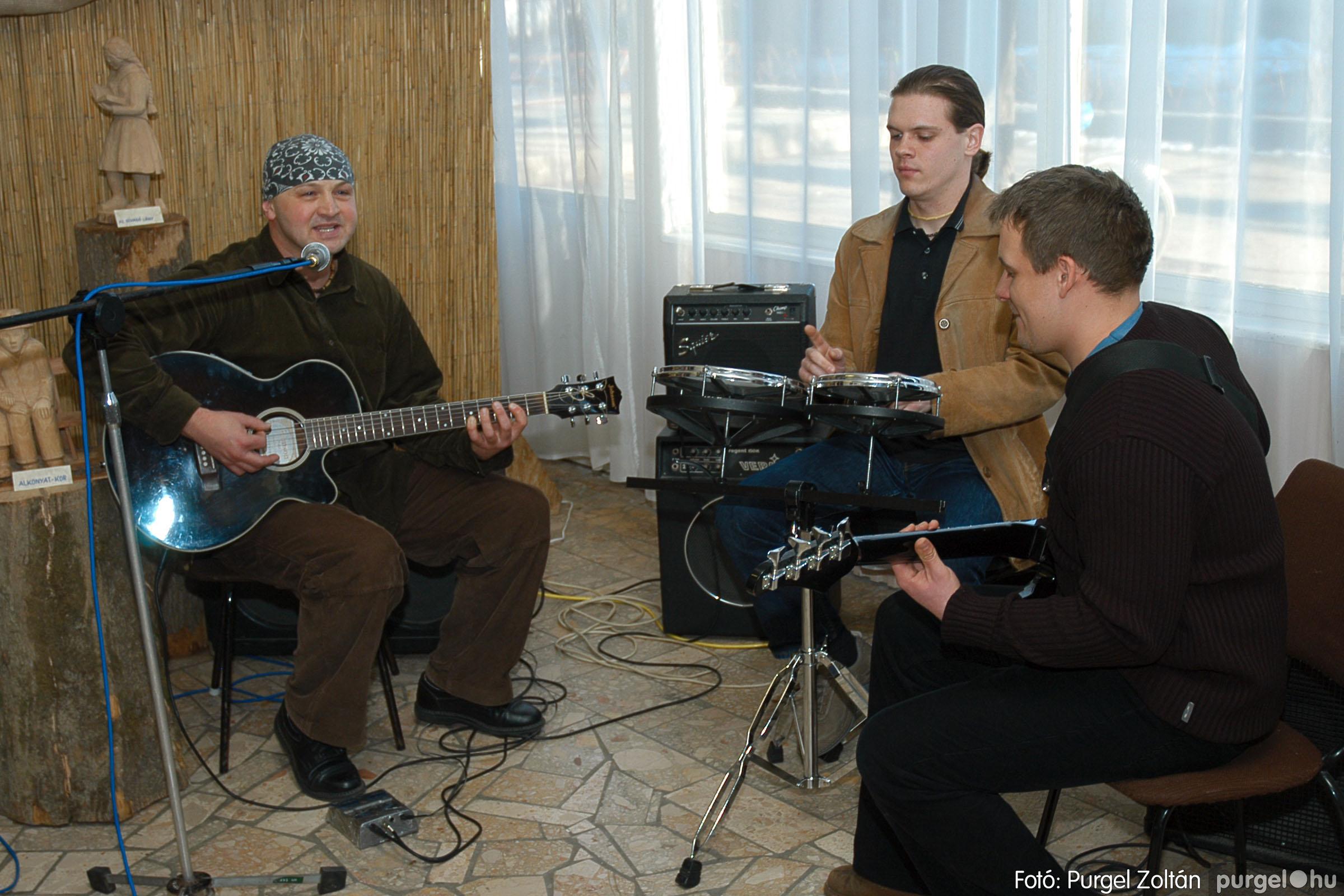 2005.03.14. 002 Március 15-i ünnepség - Fotó:PURGEL ZOLTÁN© DSC_0002q.jpg