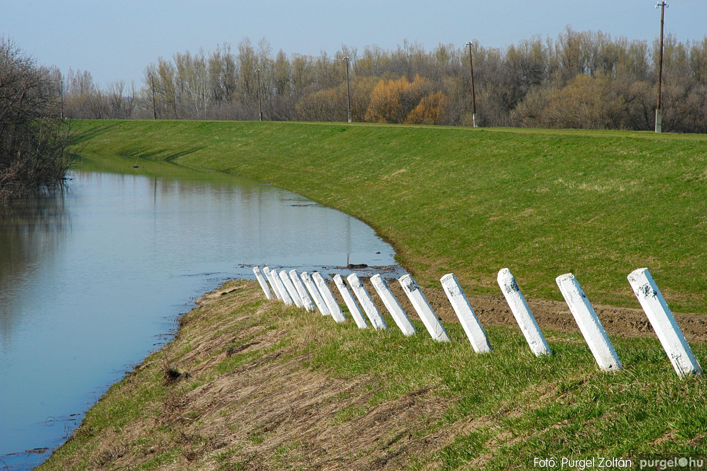 2005.04.02. 010 Tisza áradás - Fotó:PURGEL ZOLTÁN© DSC_0023q.jpg
