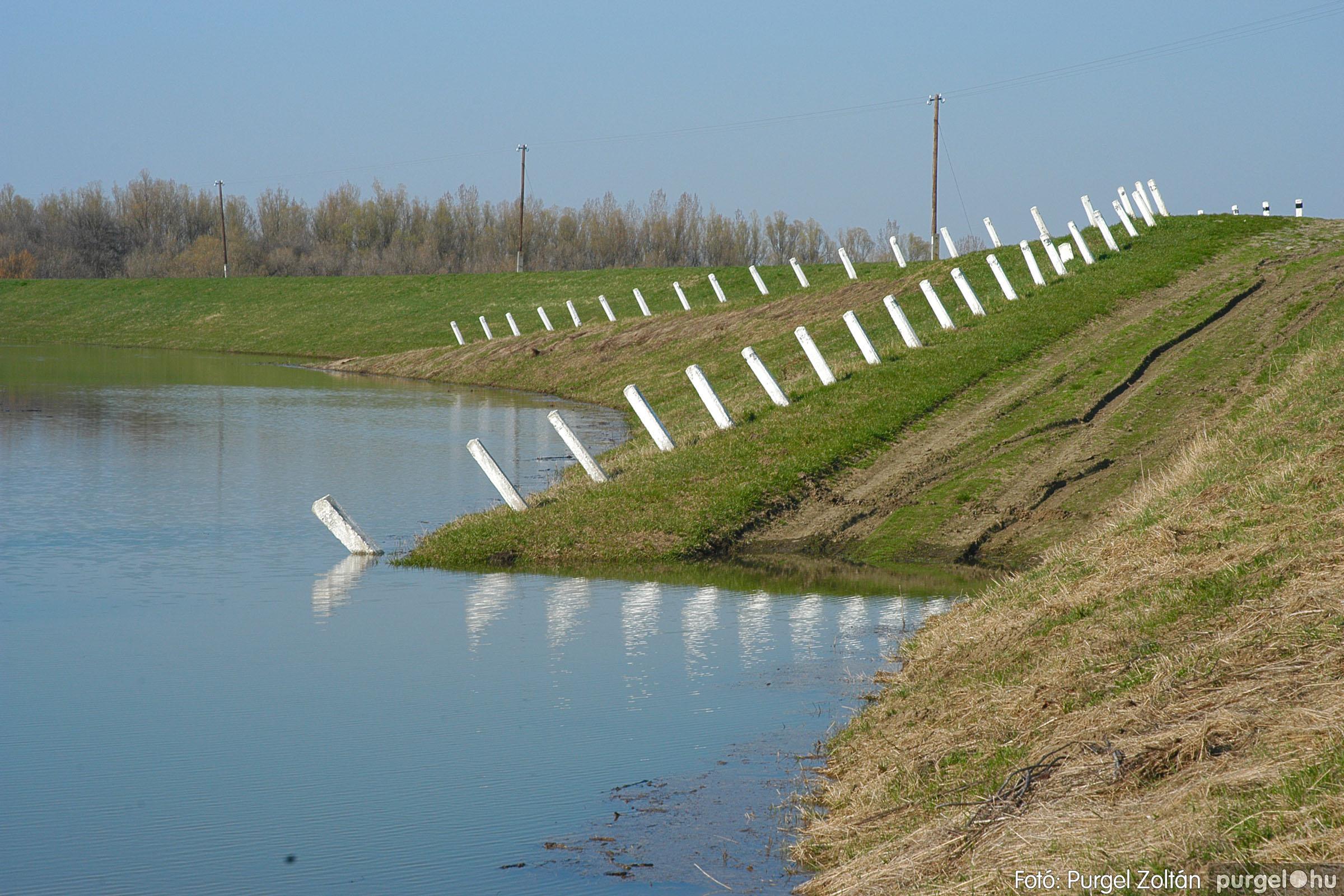 2005.04.02. 006 Tisza áradás - Fotó:PURGEL ZOLTÁN© DSC_0019q.jpg