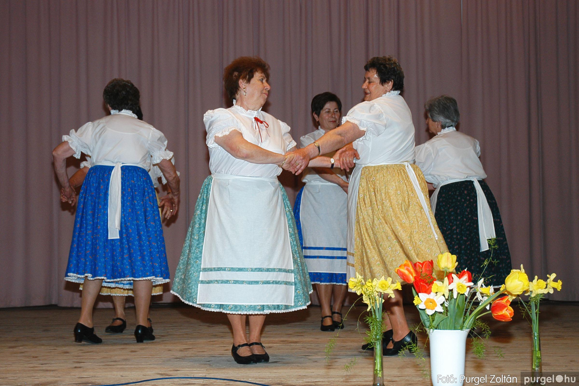 2005.04.16. 021 Szép Öregkor Nyugdíjas Klub tavaszi bál - Fotó:PURGEL ZOLTÁN© DSC_0036q.jpg