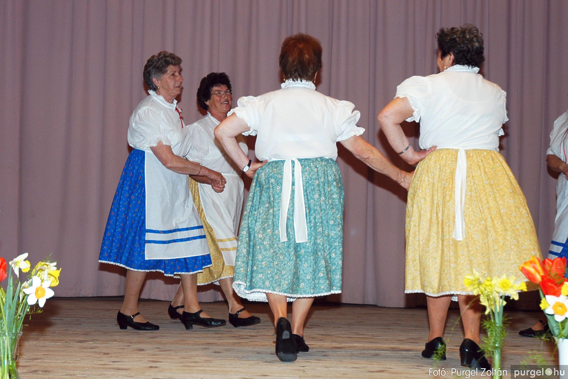 2005.04.16. 025 Szép Öregkor Nyugdíjas Klub tavaszi bál - Fotó:PURGEL ZOLTÁN© DSC_0040q.jpg