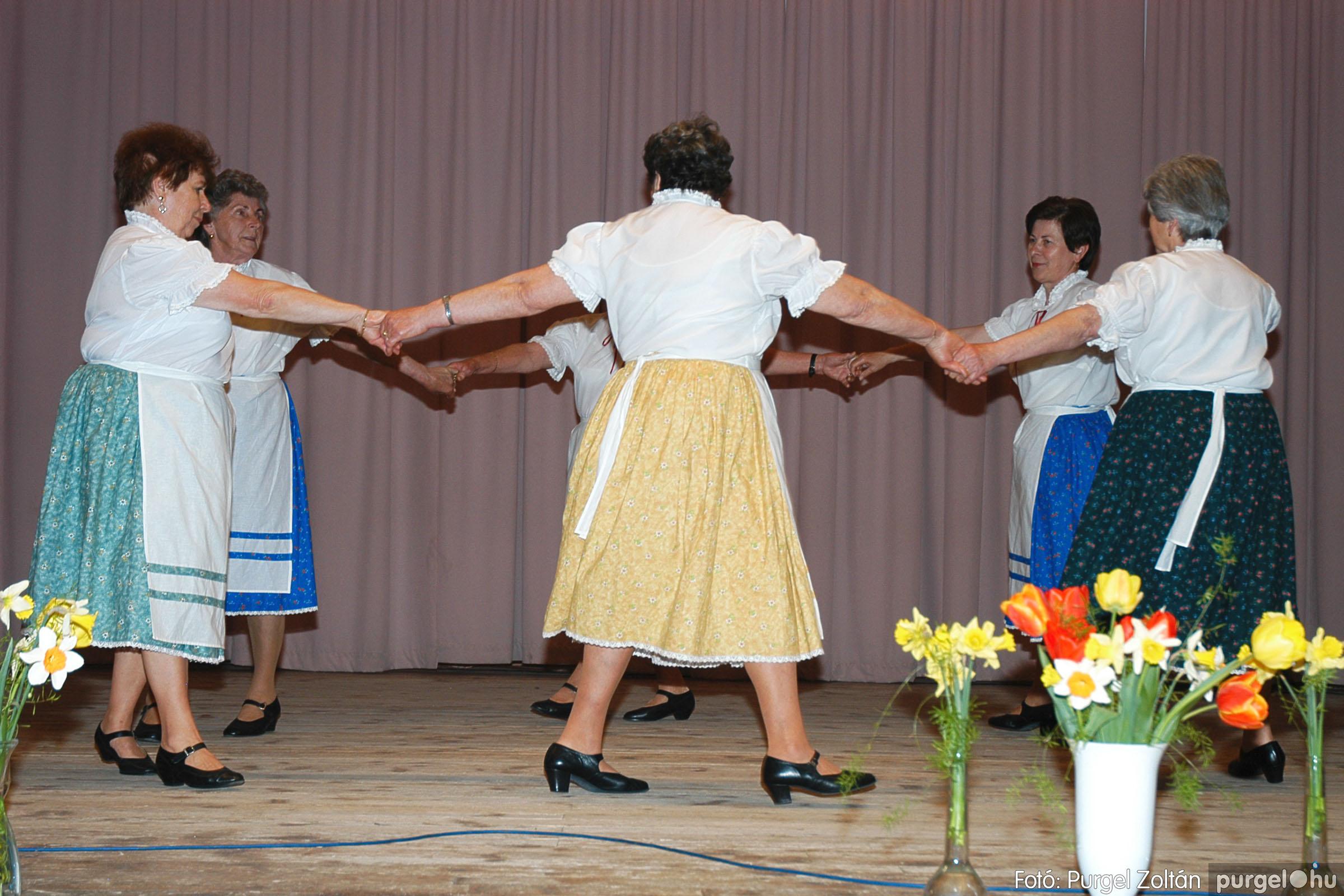 2005.04.16. 020 Szép Öregkor Nyugdíjas Klub tavaszi bál - Fotó:PURGEL ZOLTÁN© DSC_0035q.jpg
