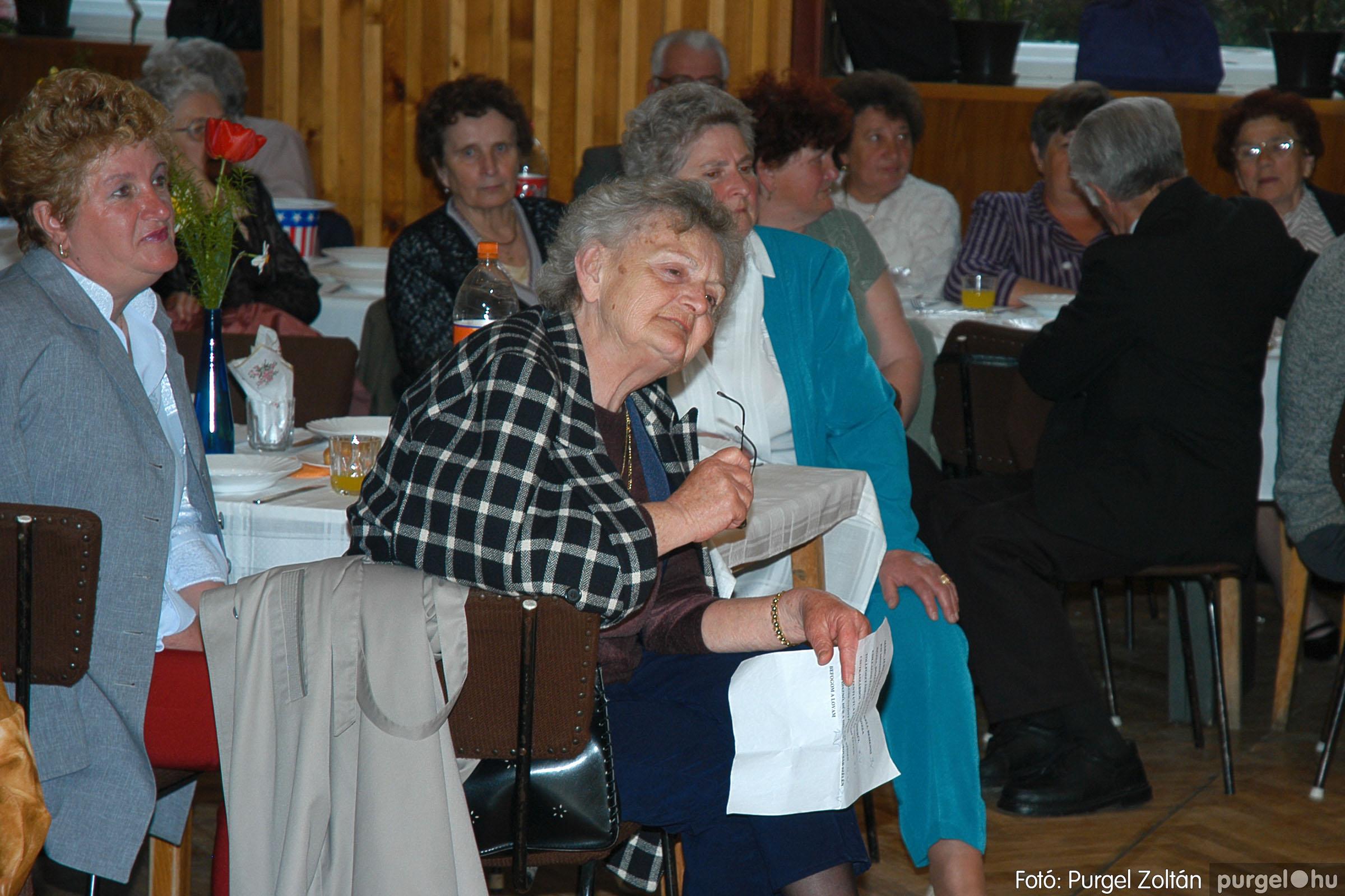 2005.04.16. 017 Szép Öregkor Nyugdíjas Klub tavaszi bál - Fotó:PURGEL ZOLTÁN© DSC_0032q.jpg