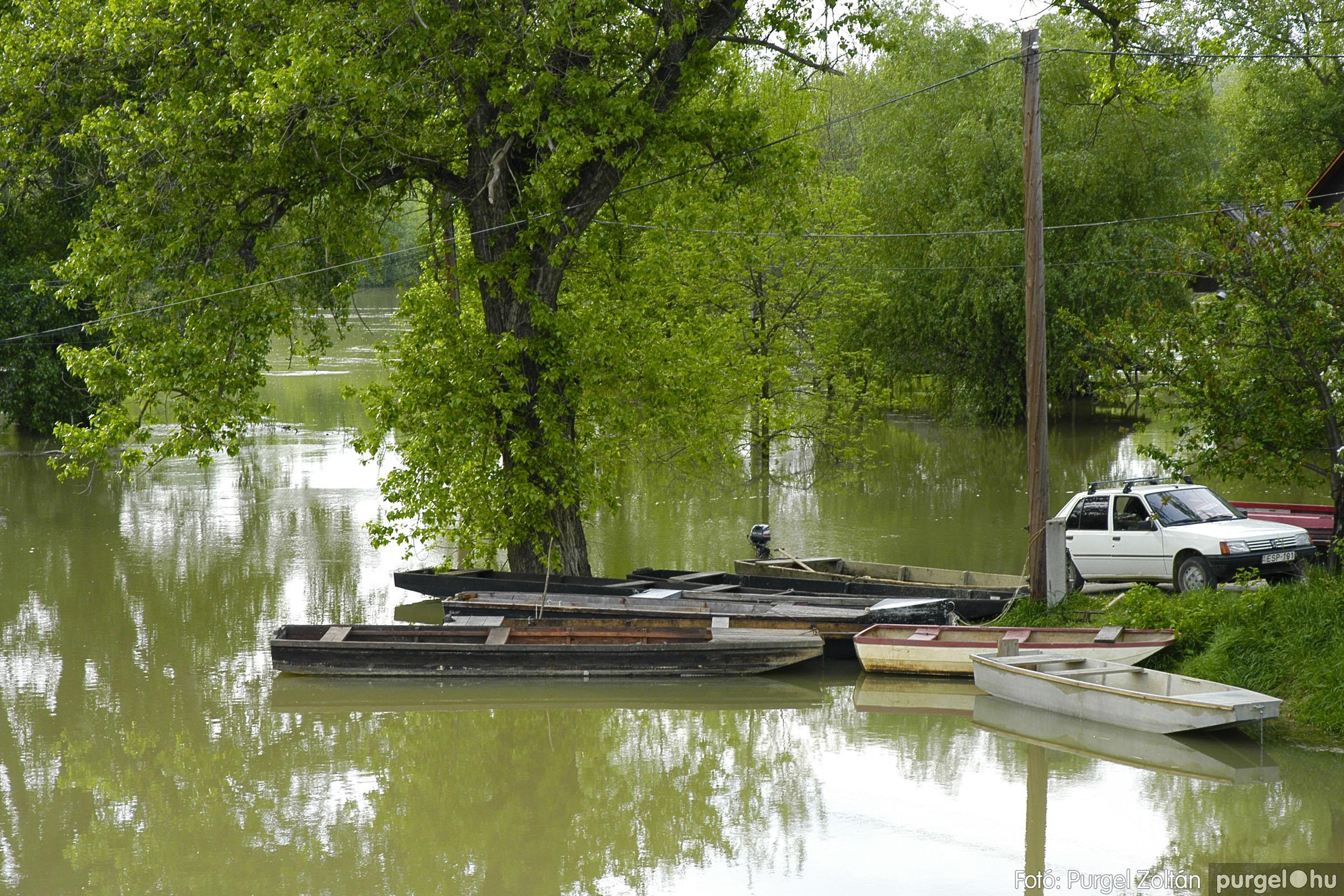 2005.05.03. 004 Árvízhelyzet Mindszenten - Fotó:PURGEL ZOLTÁN© DSC_0018q.jpg
