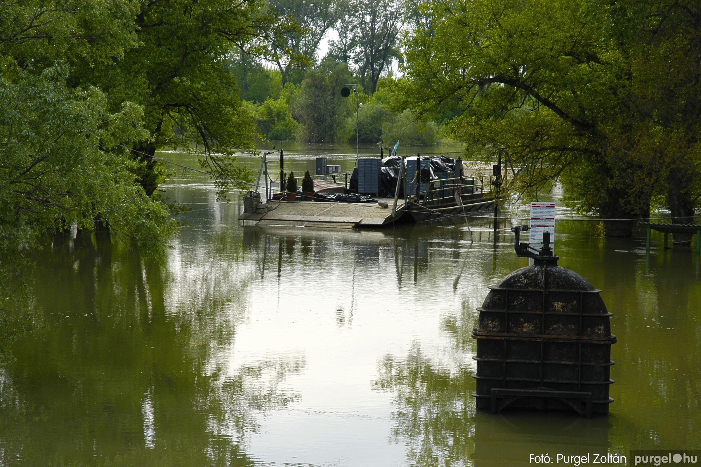 2005.05.03. 001 Árvízhelyzet Mindszenten - Fotó:PURGEL ZOLTÁN© DSC_0015q.jpg