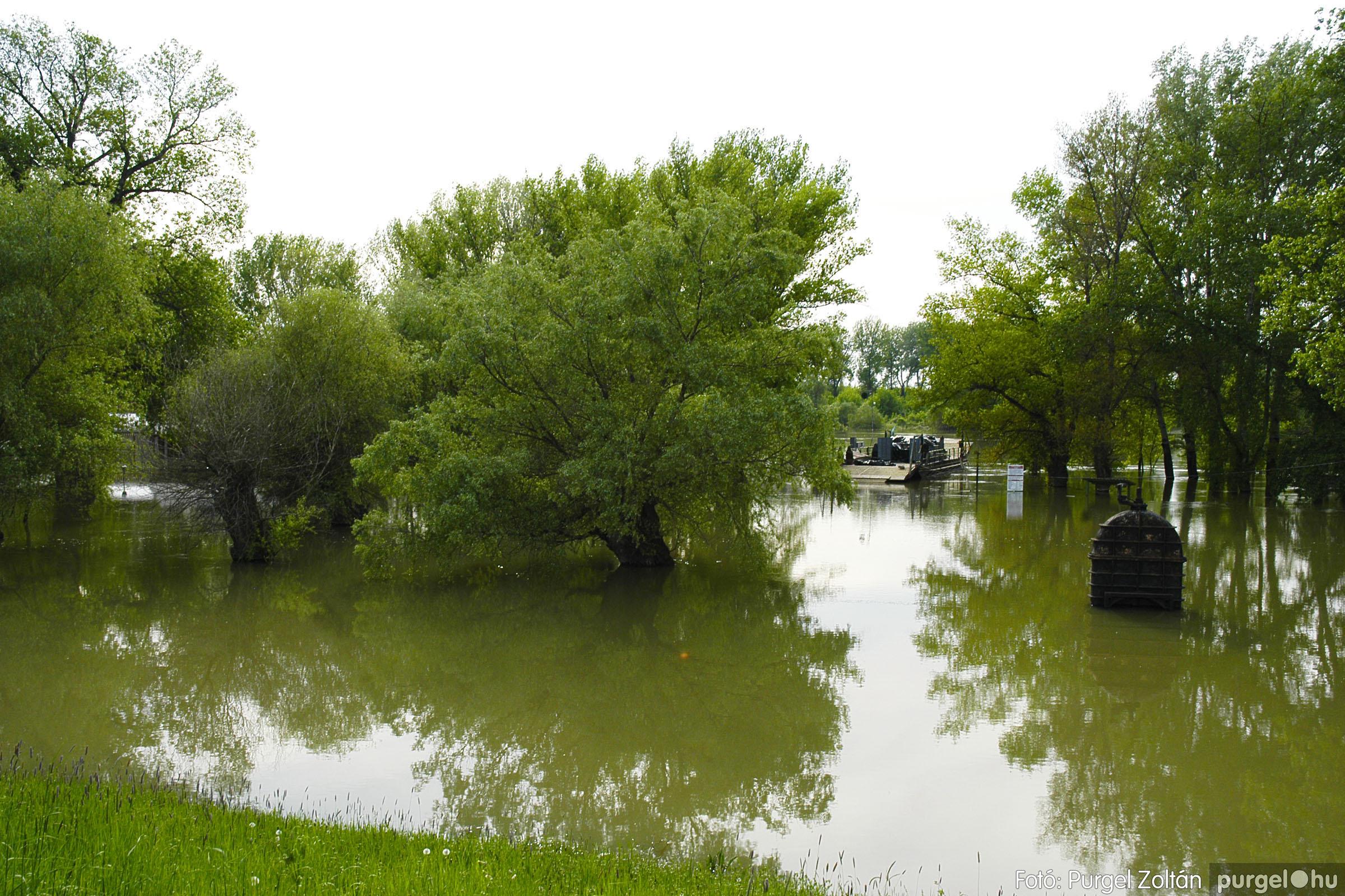 2005.05.03. 003 Árvízhelyzet Mindszenten - Fotó:PURGEL ZOLTÁN© DSC_0017q.jpg