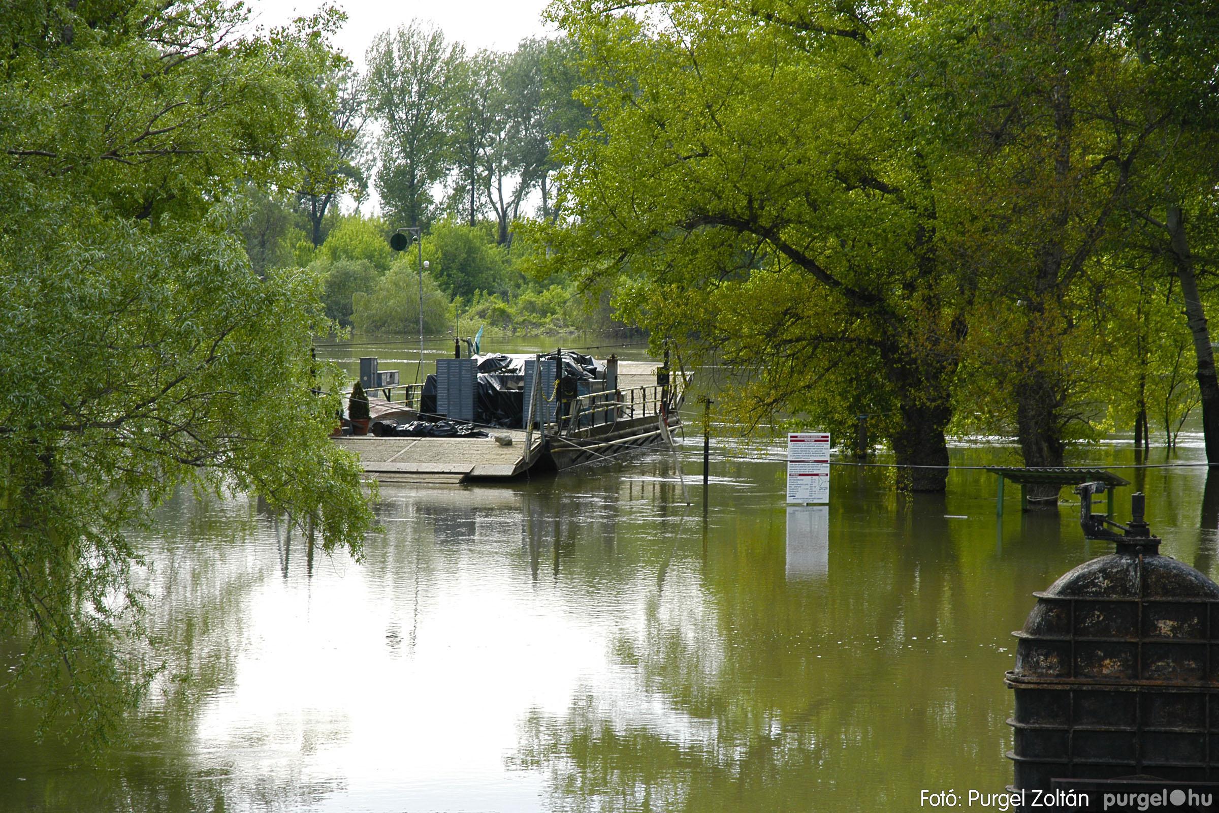 2005.05.03. 002 Árvízhelyzet Mindszenten - Fotó:PURGEL ZOLTÁN© DSC_0016q.jpg