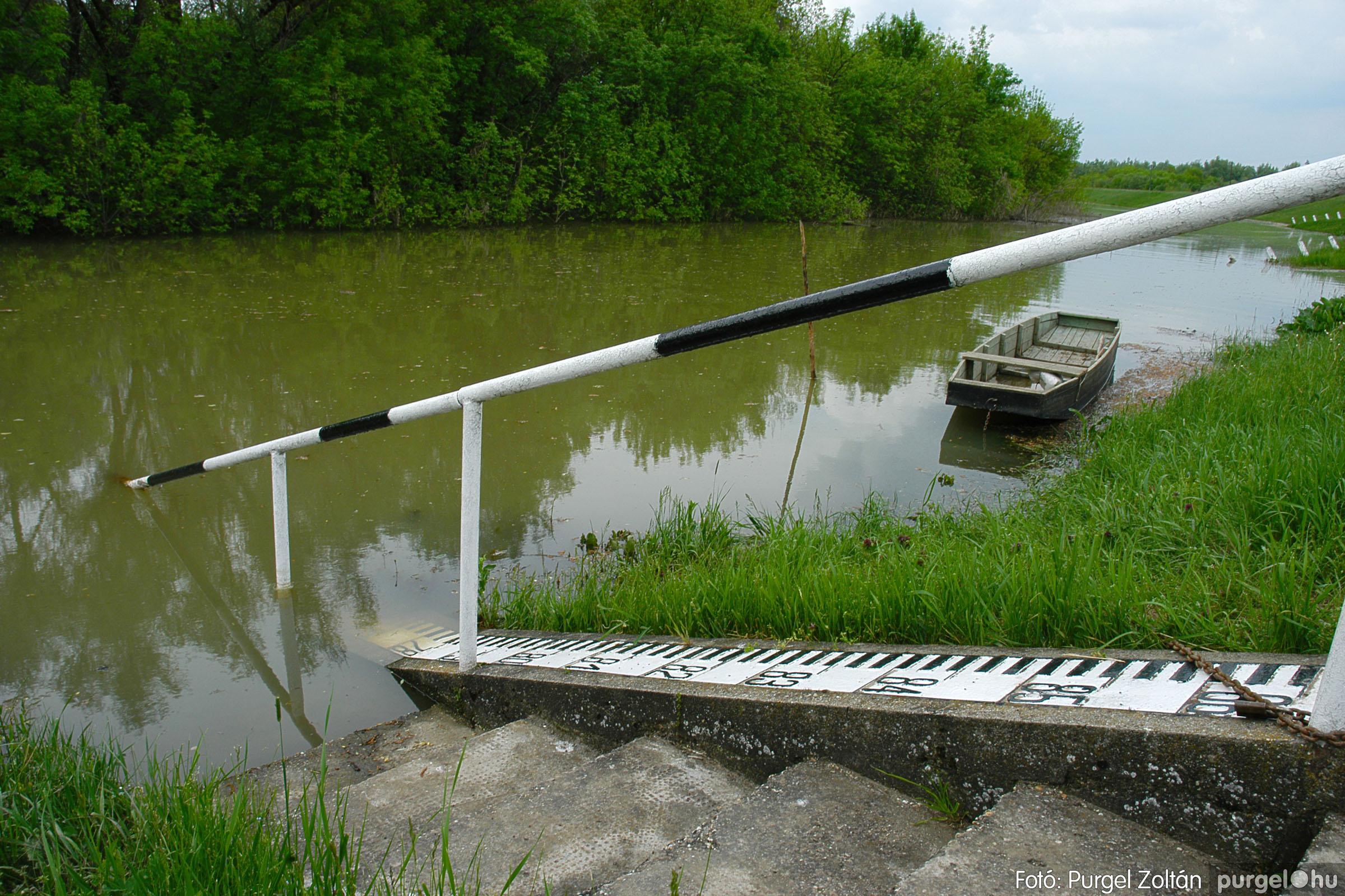 2005.05.05. 005 Tisza áradás - Fotó:PURGEL ZOLTÁN© DSC_0010q.jpg