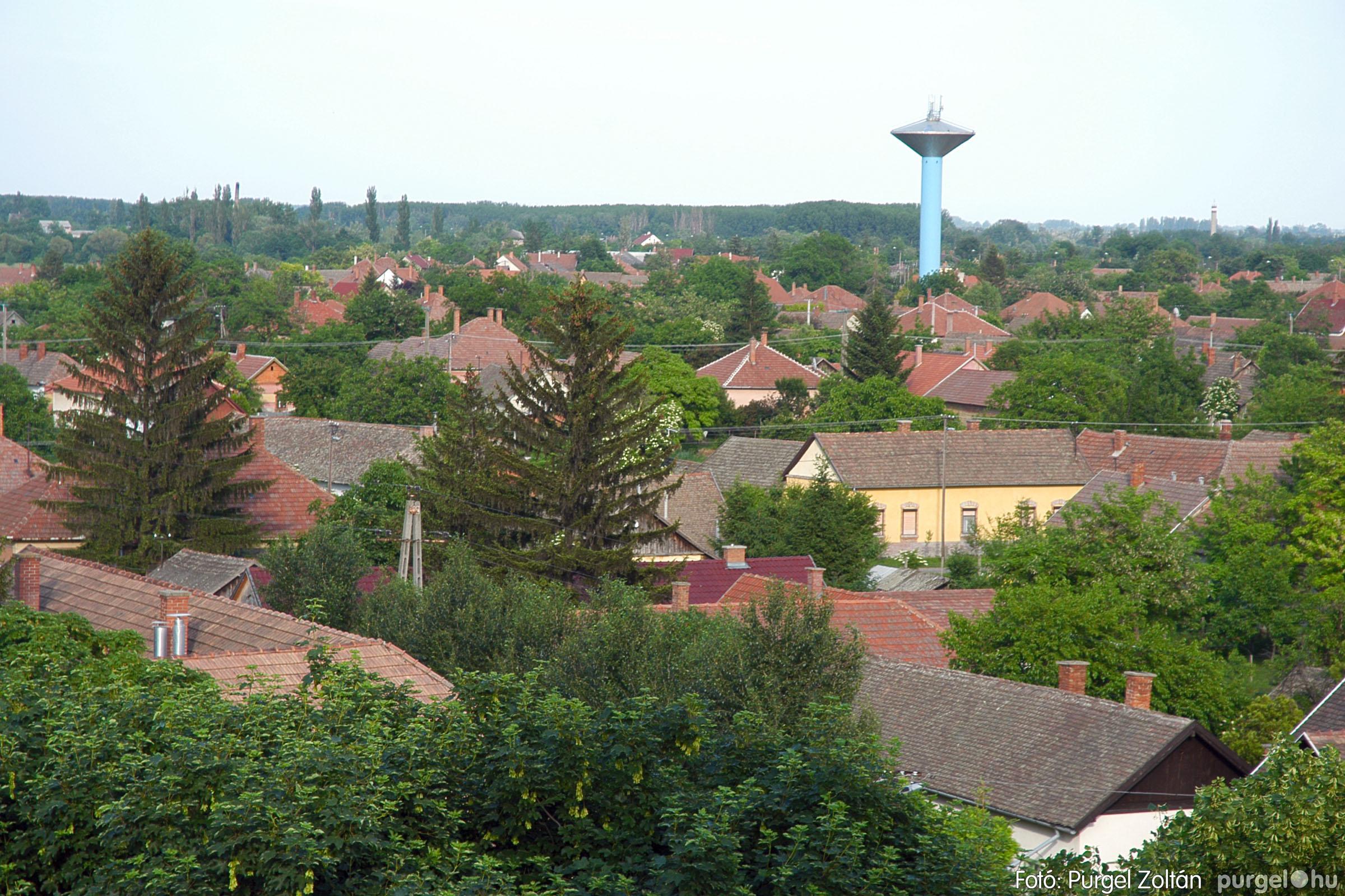 2005.05.30. 012 Kilátás a szegvári templom tornyából - Fotó:PURGEL ZOLTÁN© DSC_0318q.jpg