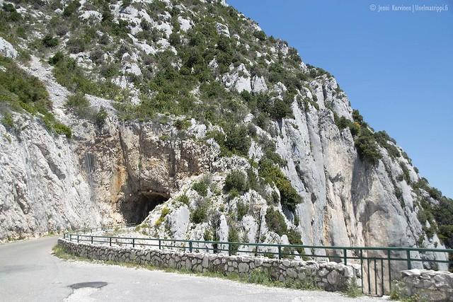 Tunneli Verdonin rotkon reitillä