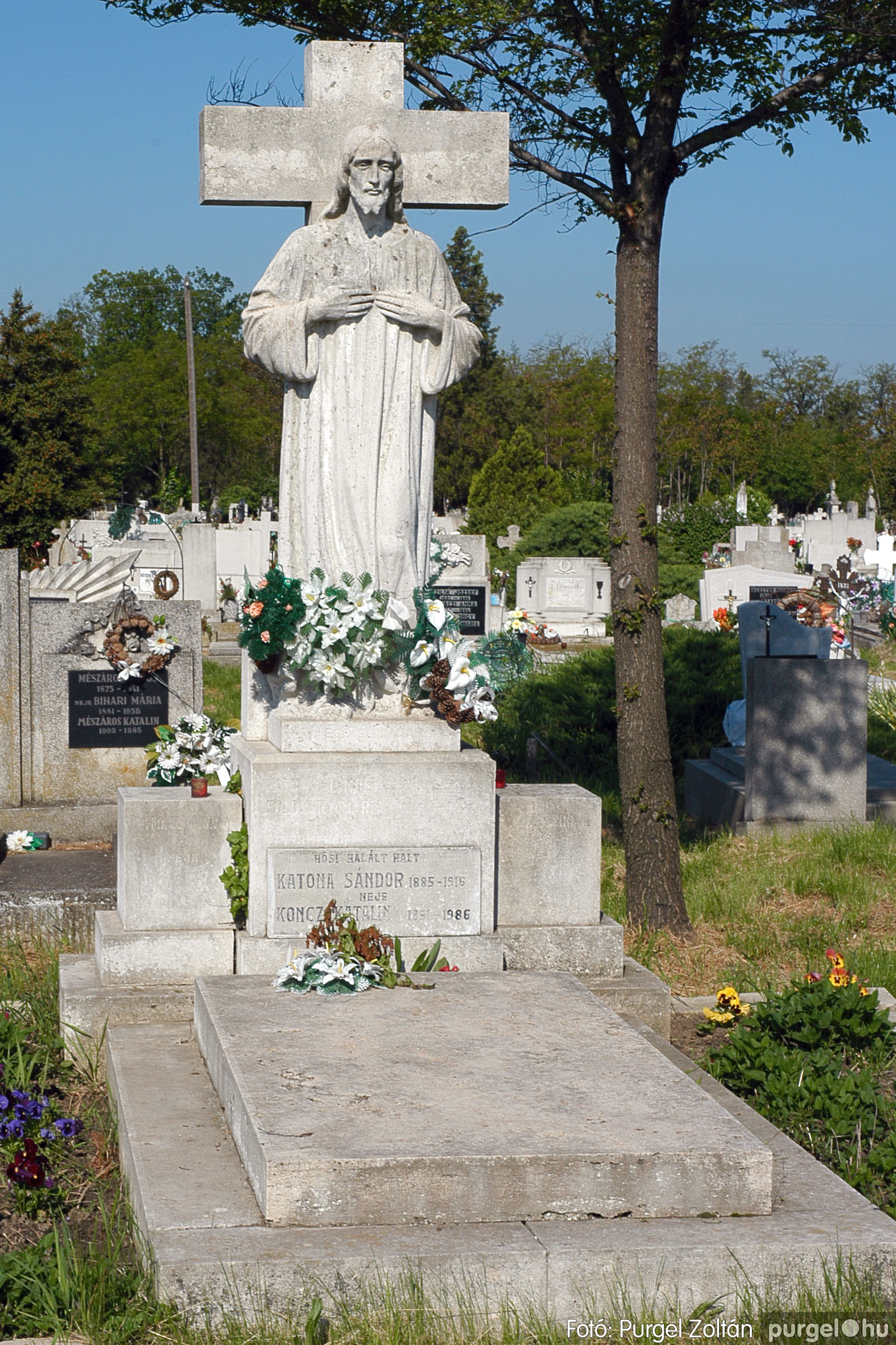 2005.05.12. 009 Barangolás a szegvári temetőben - Fotó:PURGEL ZOLTÁN© DSC_0009q.jpg