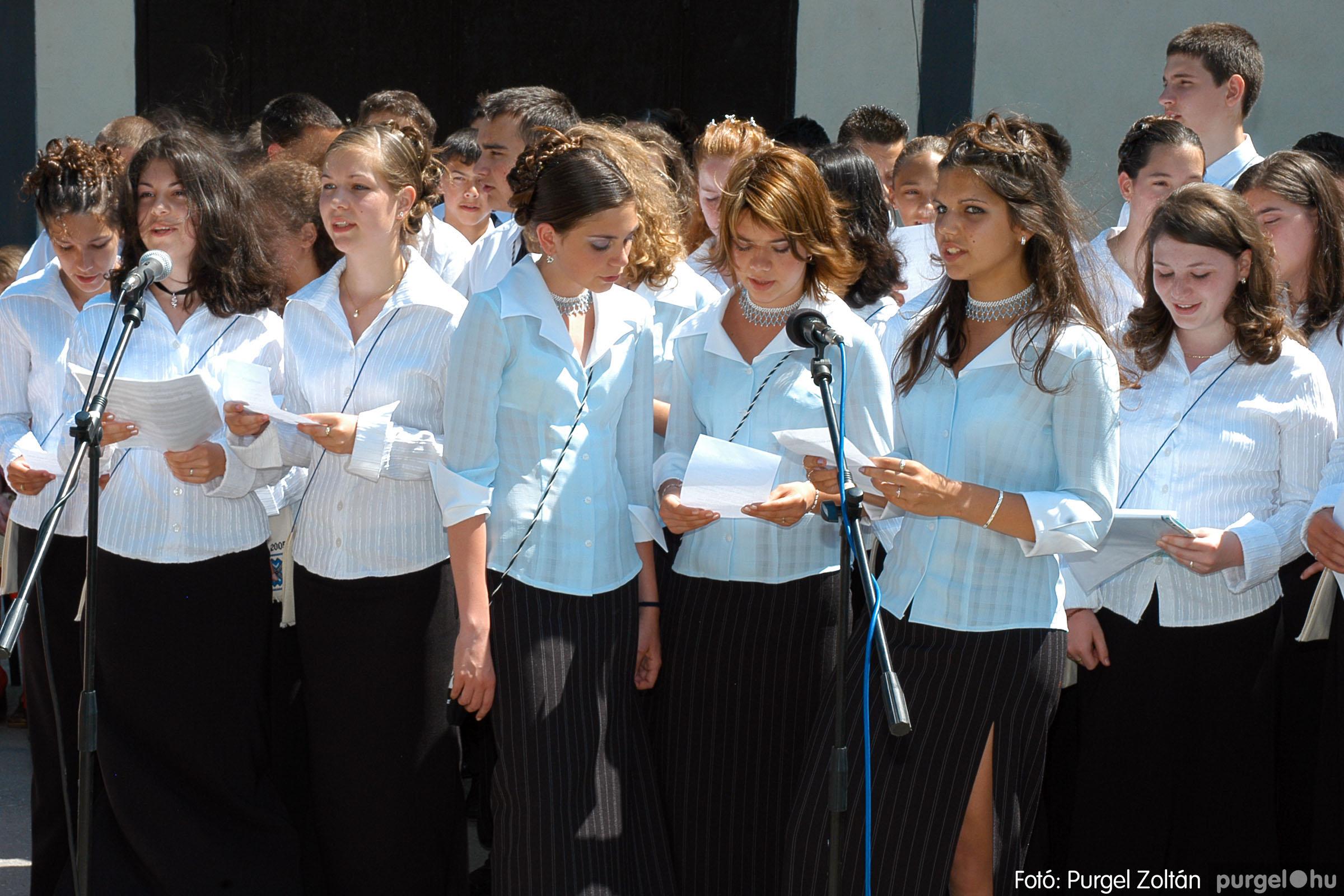 2005.06.18. 064 Forray Máté Általános Iskola ballagás 2005. - Fotó:PURGEL ZOLTÁN© DSC_0085q.jpg