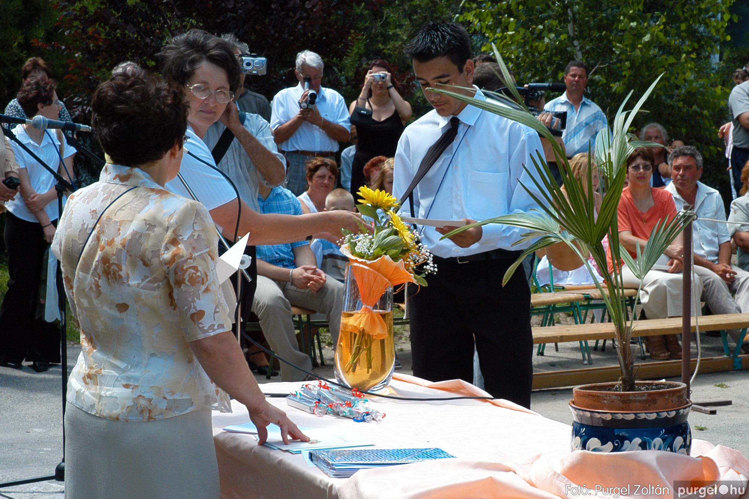 2005.06.18. 060 Forray Máté Általános Iskola ballagás 2005. - Fotó:PURGEL ZOLTÁN© DSC_0079q.jpg