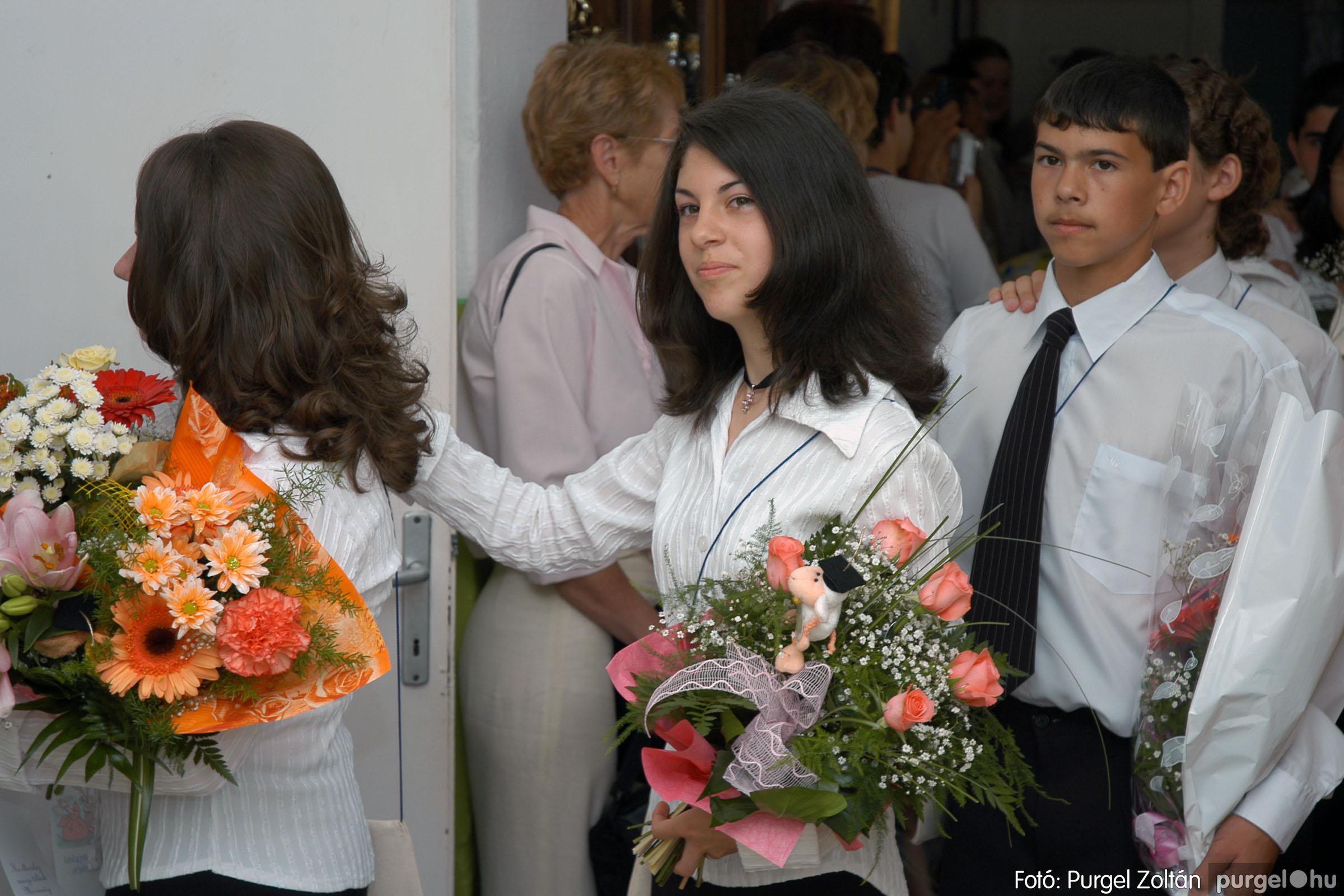 2005.06.18. 004 Forray Máté Általános Iskola ballagás 2005. - Fotó:PURGEL ZOLTÁN© DSC_0004q.jpg