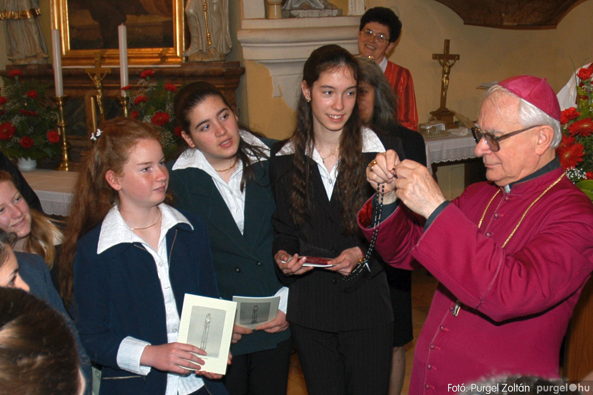 2005.05.15. 037 Kisboldogasszony templom bérmálkozás - Fotó:PURGEL ZOLTÁN© DSC_0046q.jpg