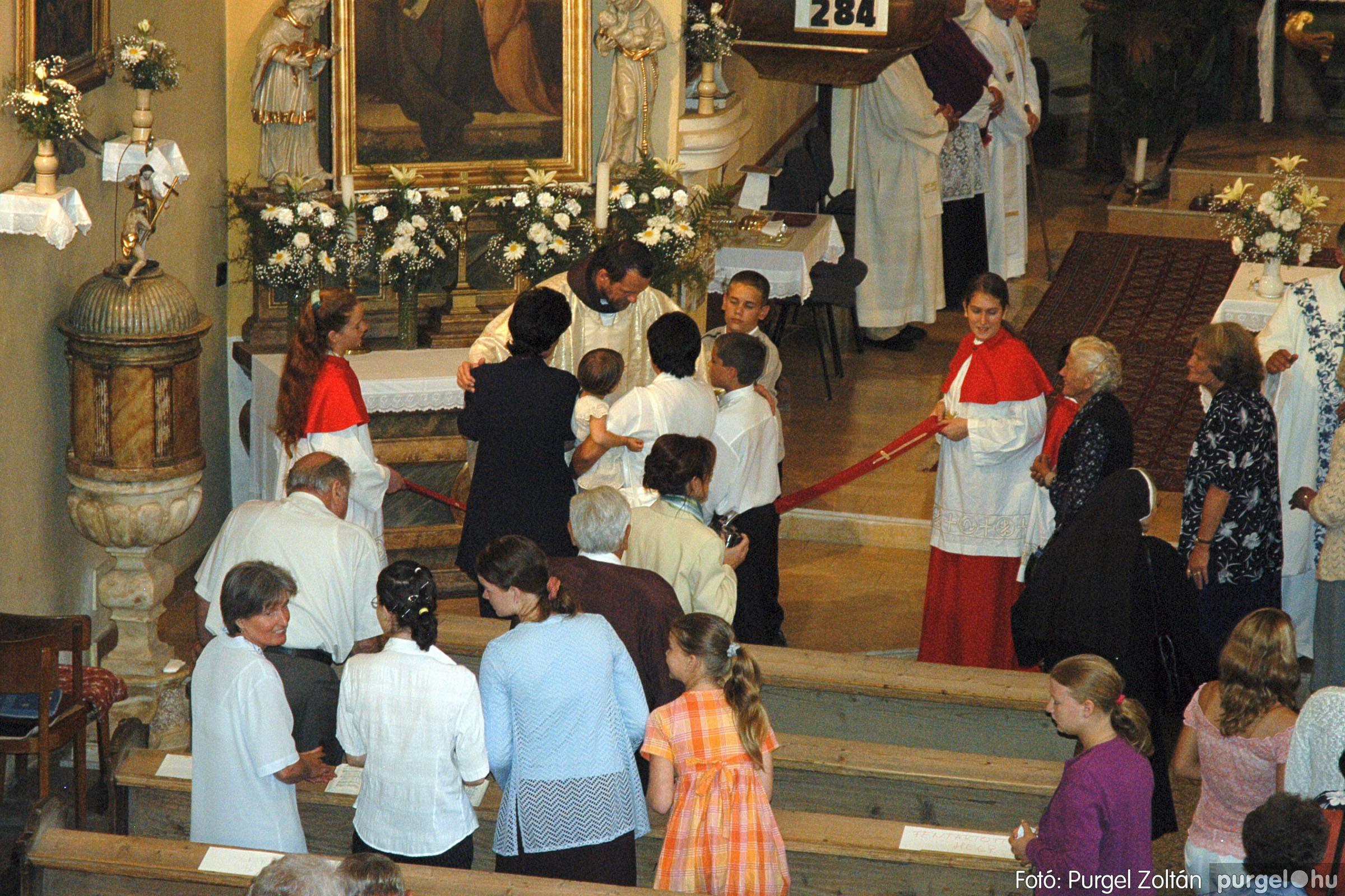 2005.06.25. 040 Kisboldogasszony templom ezüstmise, újmise - Fotó:PURGEL ZOLTÁN© DSC_0065q.jpg