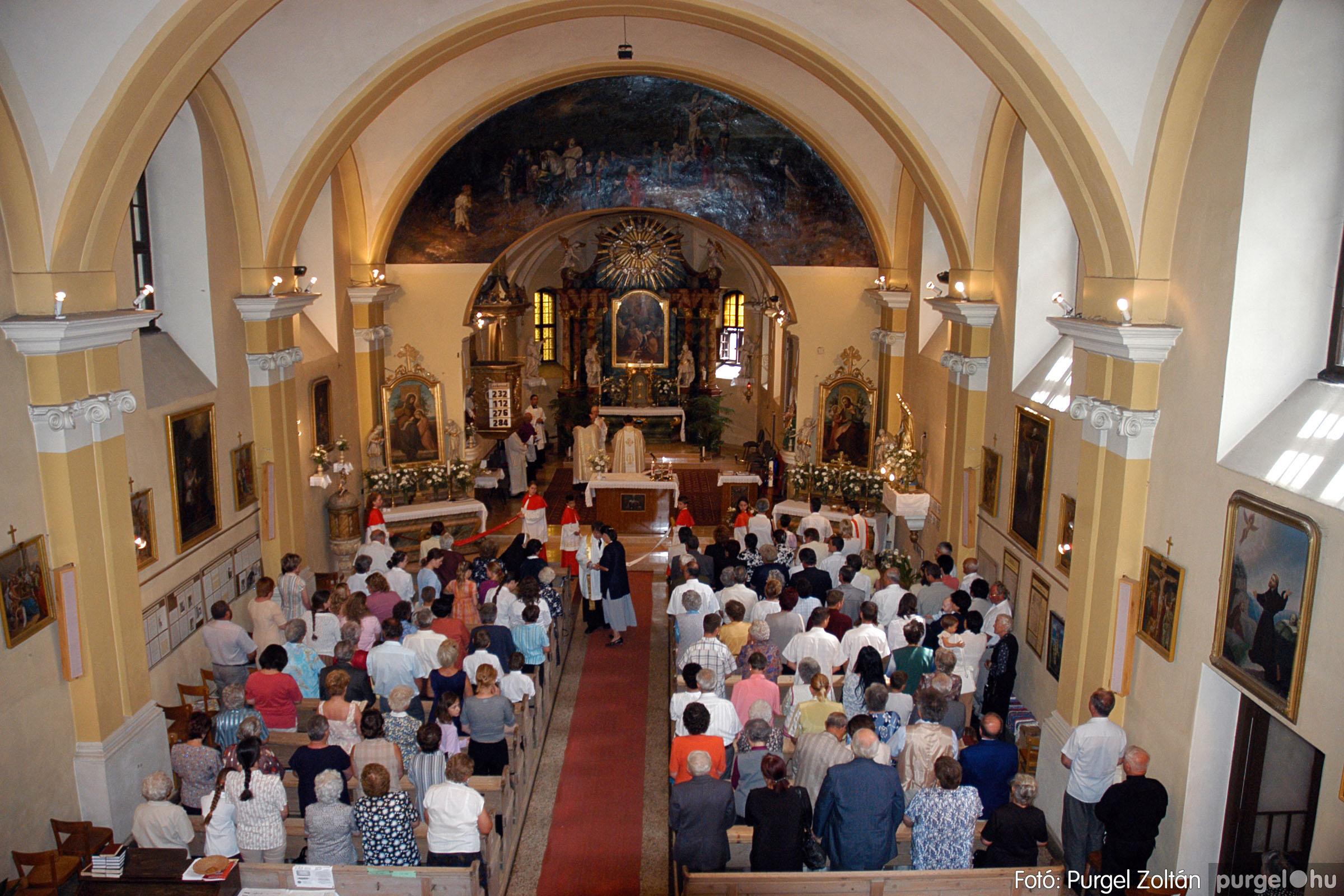 2005.06.25. 034 Kisboldogasszony templom ezüstmise, újmise - Fotó:PURGEL ZOLTÁN© DSC_0059q.jpg