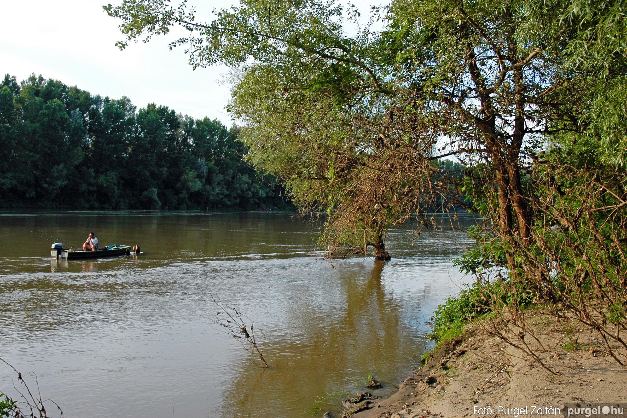2005.07.16. 008 Szegvár vizei: Holt-Tisza, Tisza, Kurca - Fotó:PURGEL ZOLTÁN© DSC_0018q.jpg