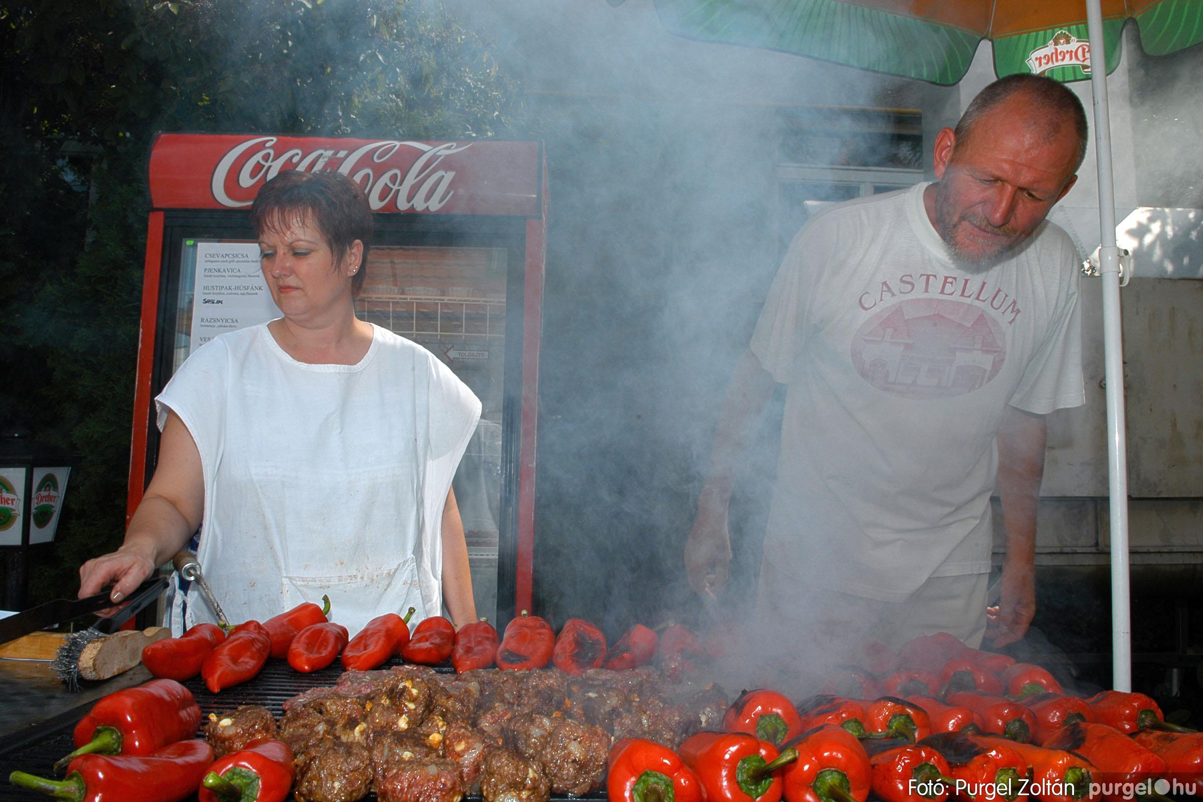 2005.08.13. 001 Szerb napok a Castellum étteremben - Fotó:PURGEL ZOLTÁN© DSC_0027q.jpg
