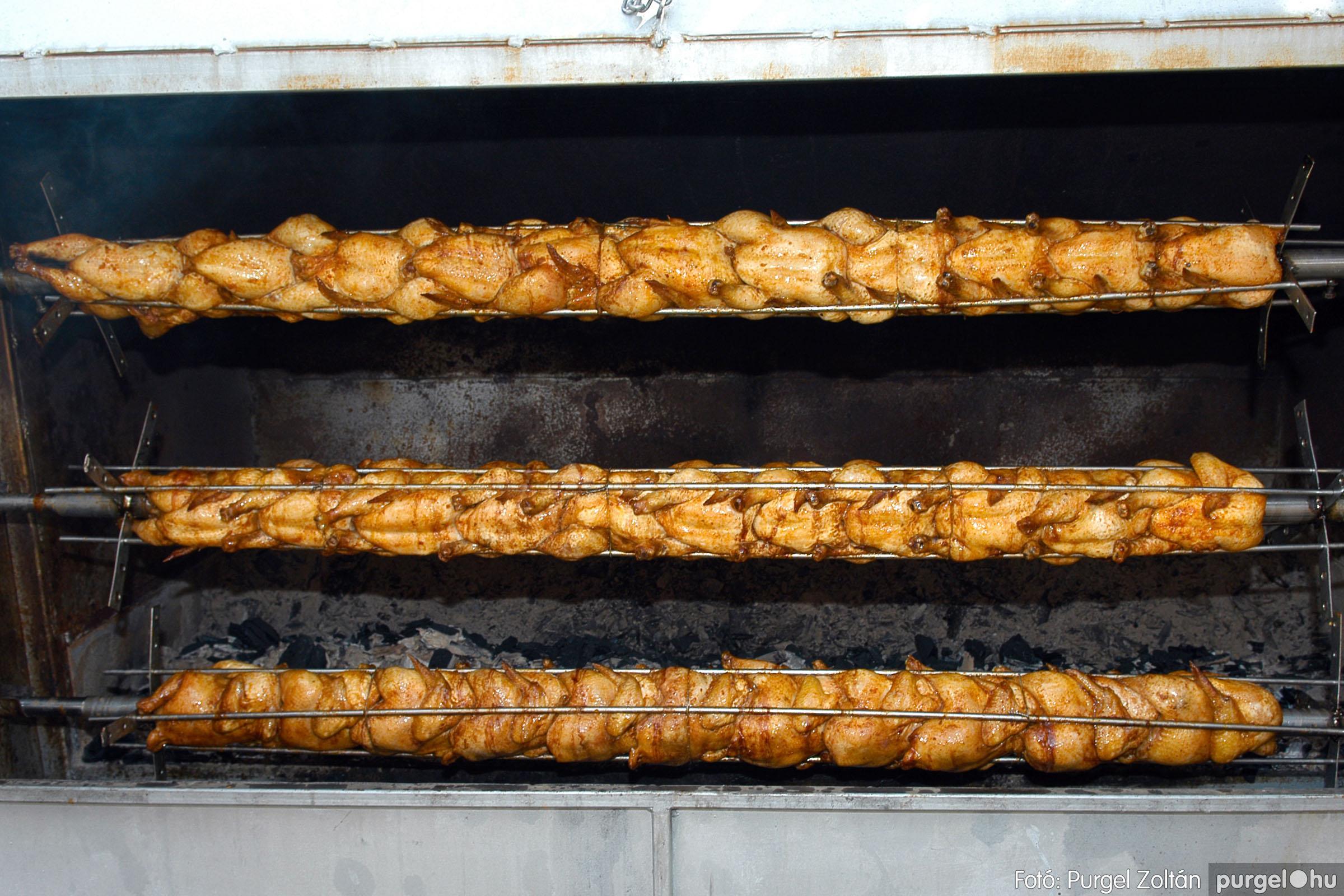 2005.08.13. 007 Szerb napok a Castellum étteremben - Fotó:PURGEL ZOLTÁN© DSC_0034q.jpg