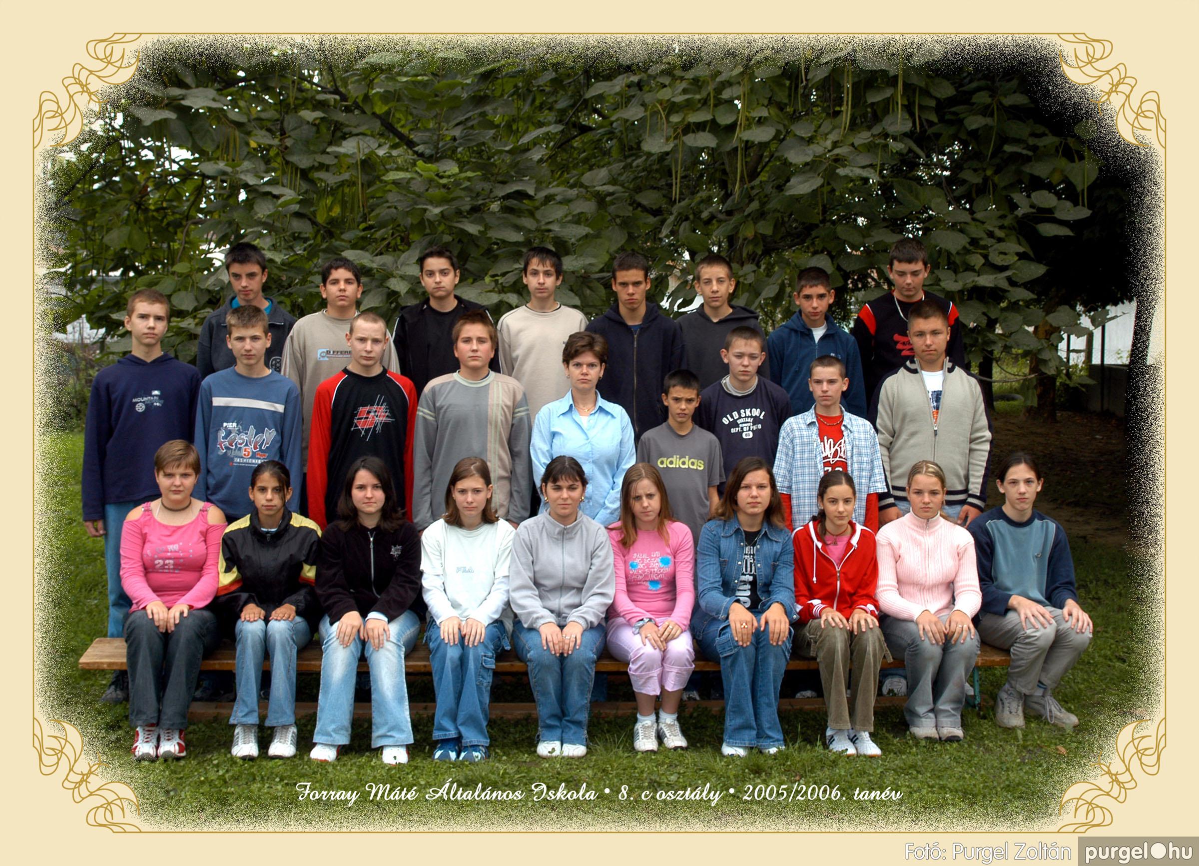 2005.09.21-10.06. 029 Forray Máté Általános Iskola osztályképek 2005. - Fotók:PURGEL ZOLTÁN© 8ckomoly.jpg