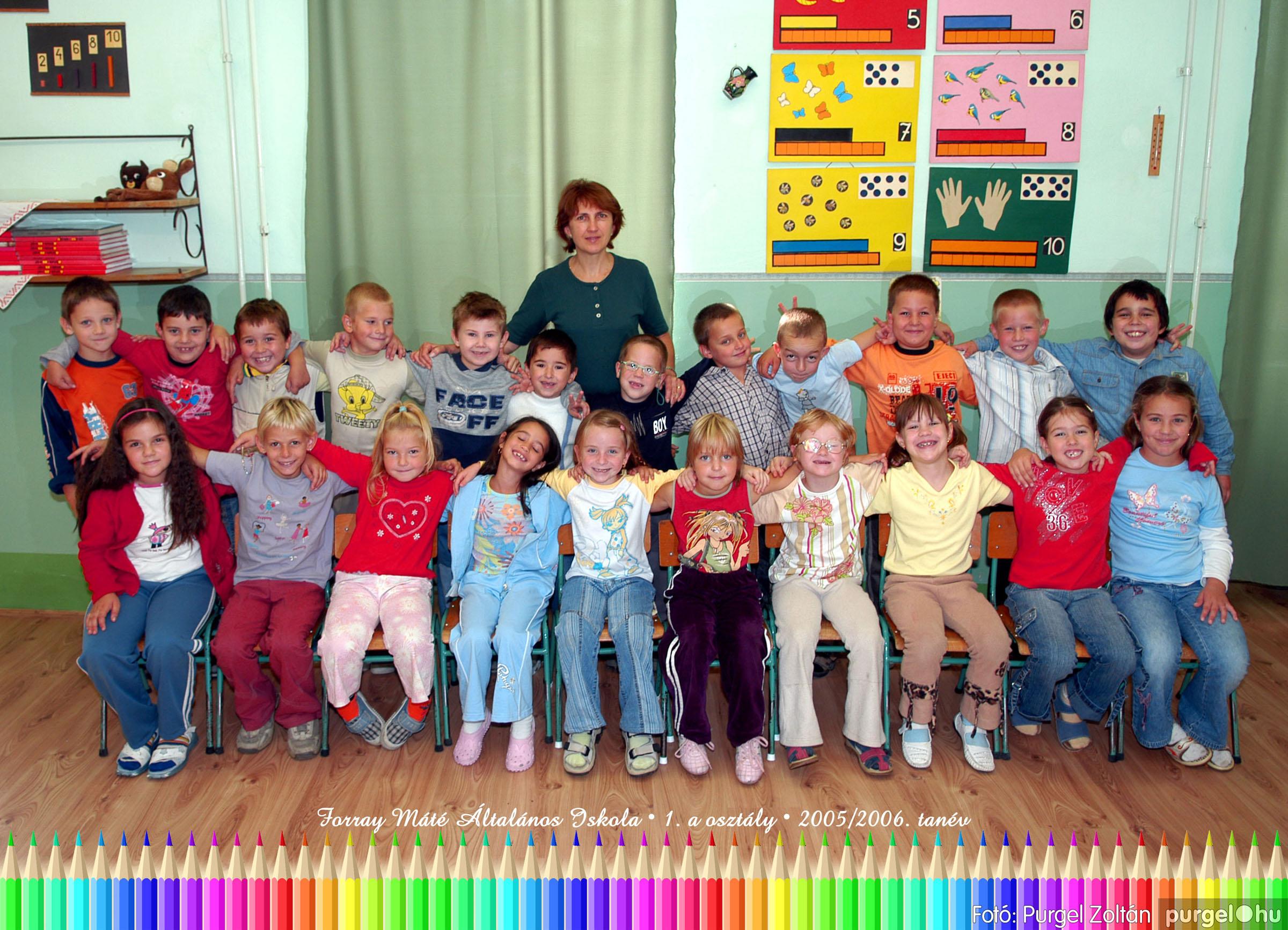 2005.09.21-10.06. 002 Forray Máté Általános Iskola osztályképek 2005. - Fotók:PURGEL ZOLTÁN© 1avidam.jpg